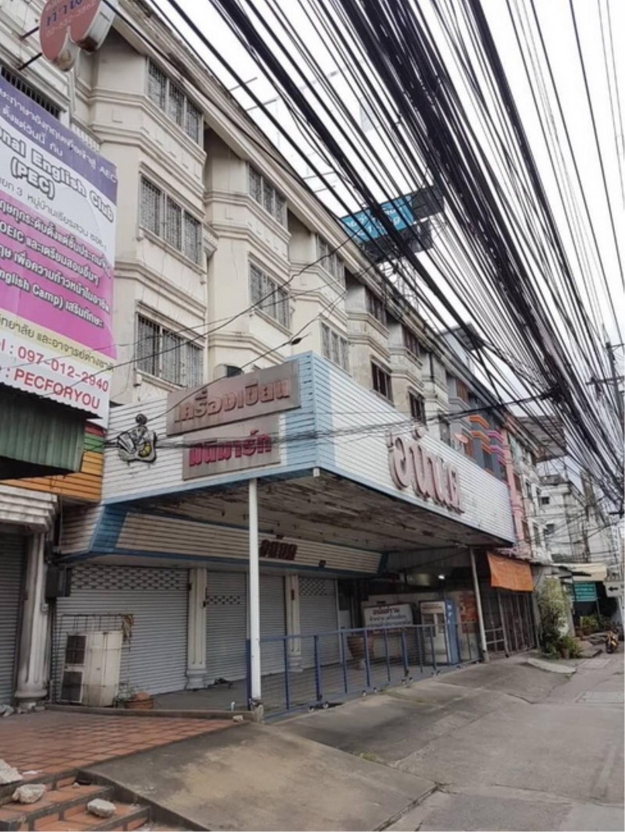 Forbest Properties Agency's 37846-Commercial building 4-storey, on Ramintra km.1, 60 sq.wa. 2