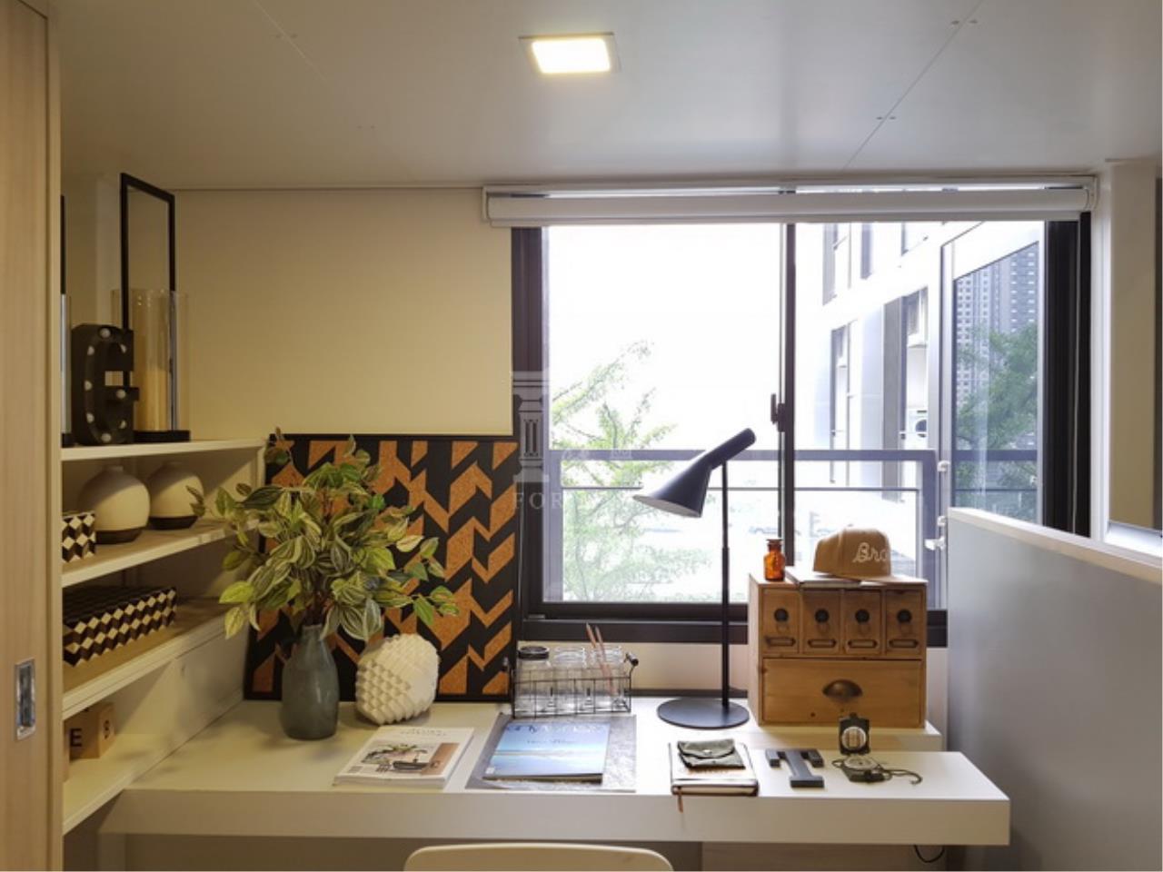 37936 - Chewathai Residence Asoke Road. Duplex room 35.55 sq.m.