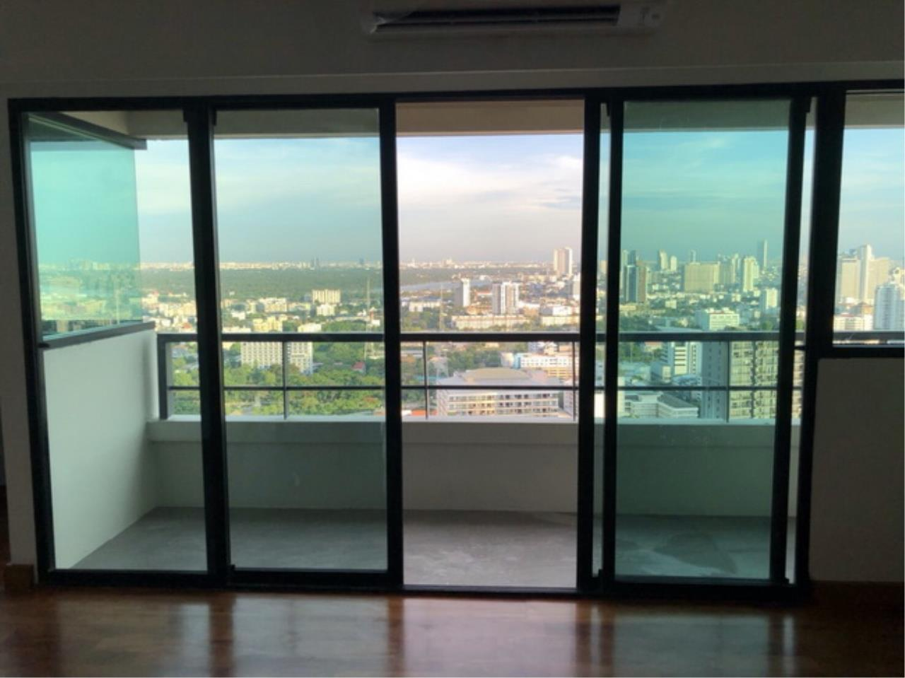 Forbest Properties Agency's 38147 - Sathorn Garden On Sathorn Road. 200 sq.m. 13