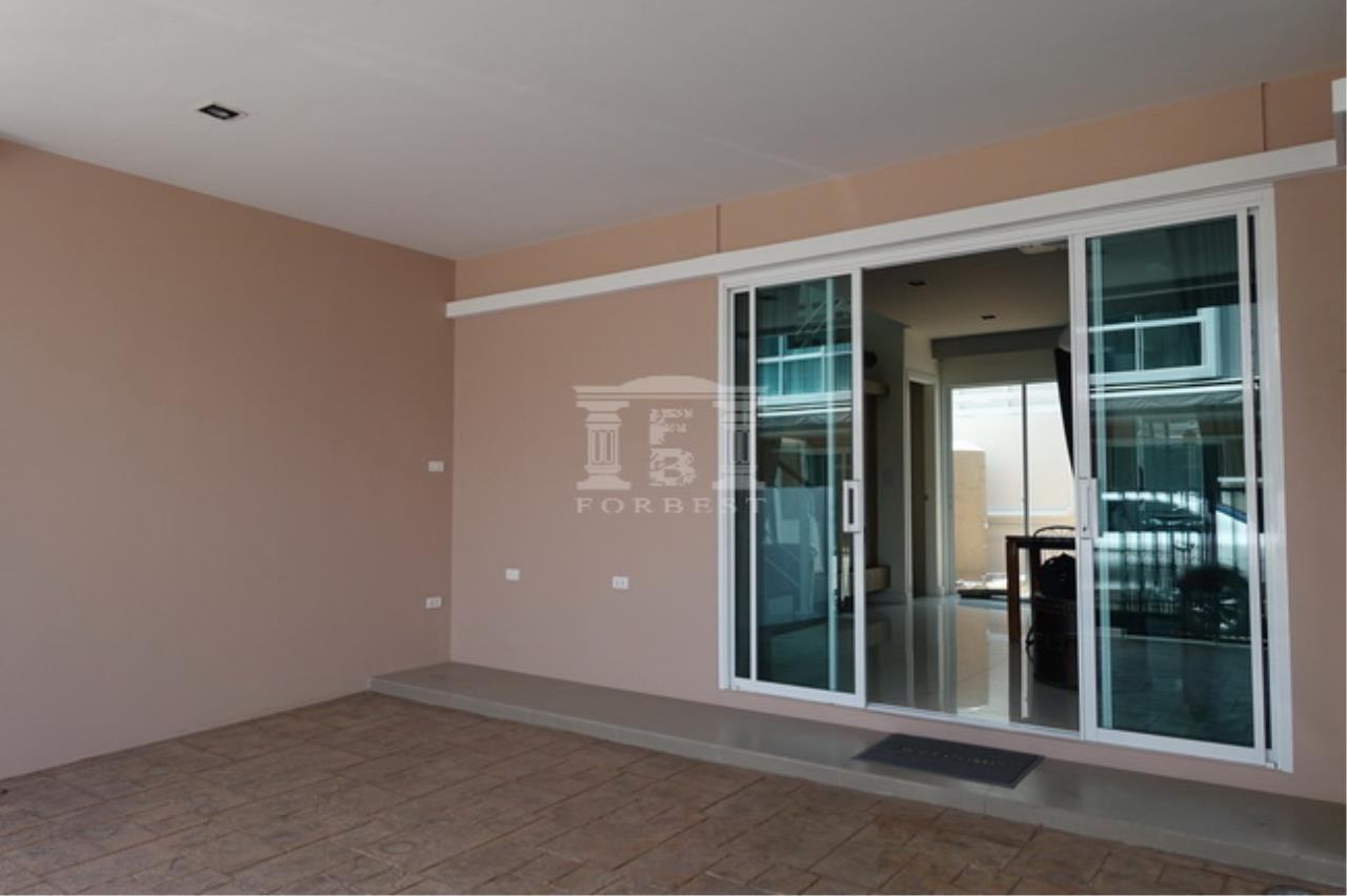 38172 -  Townhome 4 stories , Nonsri Road. 28 sq.w.
