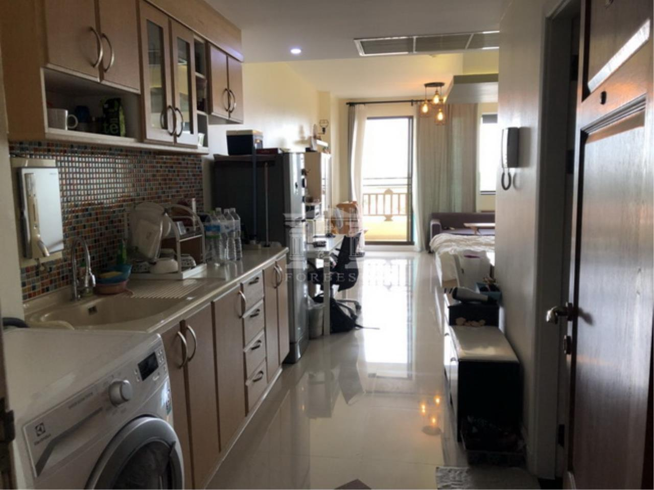 Forbest Properties Agency's 38326 - SUPALAI ORIENTAL PLACE SATHORN-SUANPLU 8 LIVING SPACE 40 SQ.M. 5