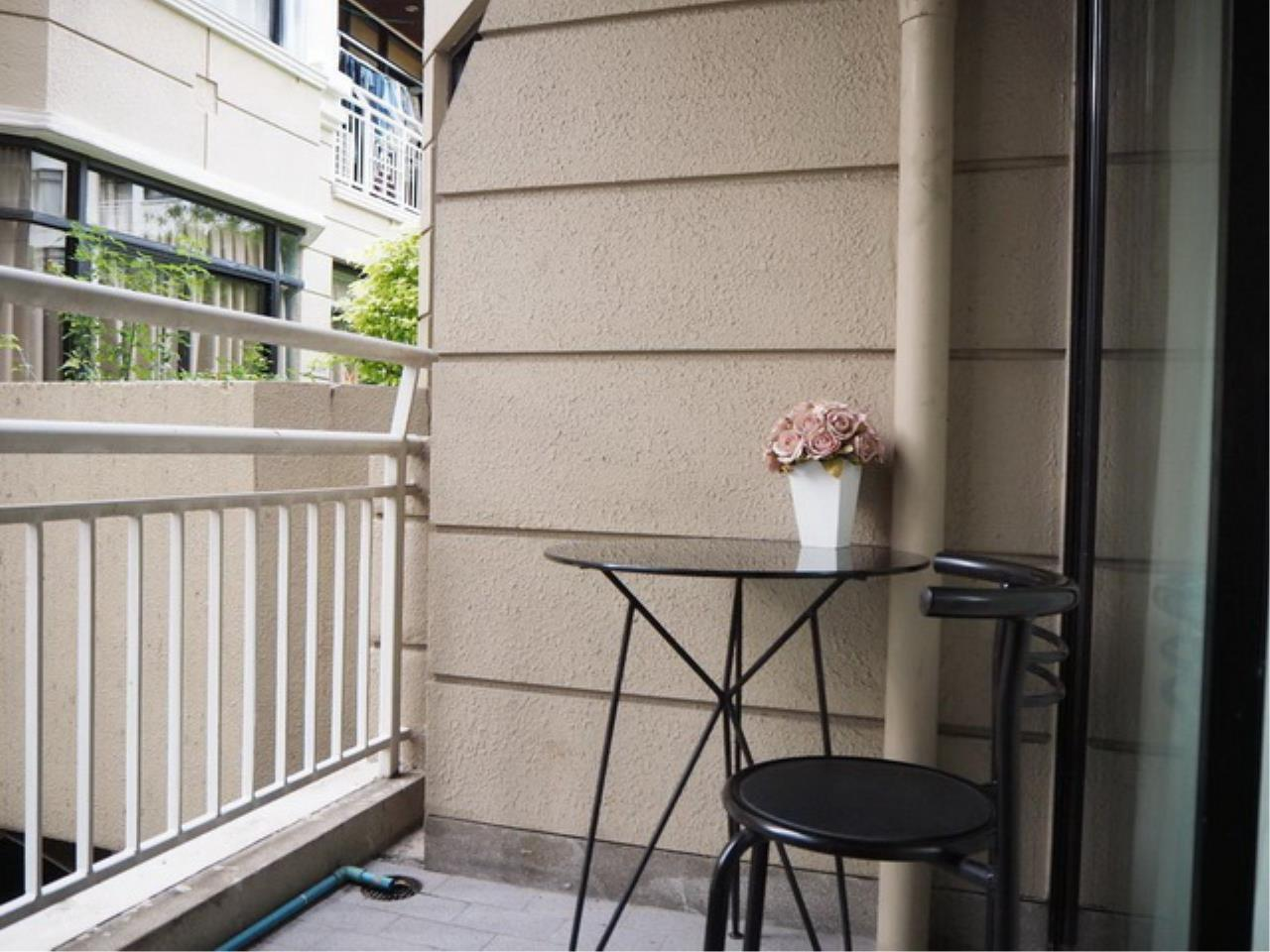 Forbest Properties Agency's 38732 - The Greenpoint Condominium narathiwas road. 51.50 sq.m. 5