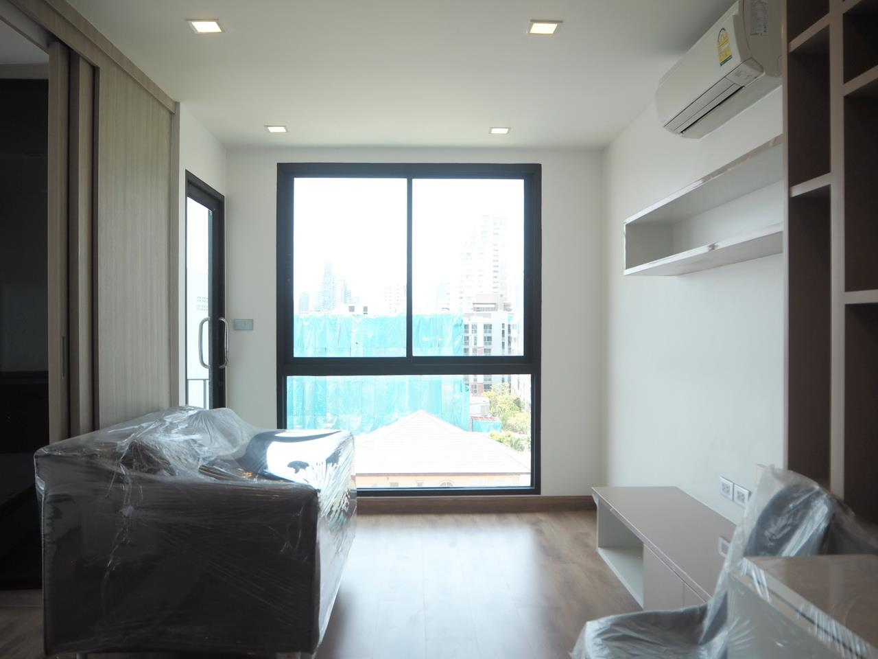 Forbest Properties Agency's 38938 - The ACE Condominium on Sukhumvit Road. 39.19 Sq.m. 5