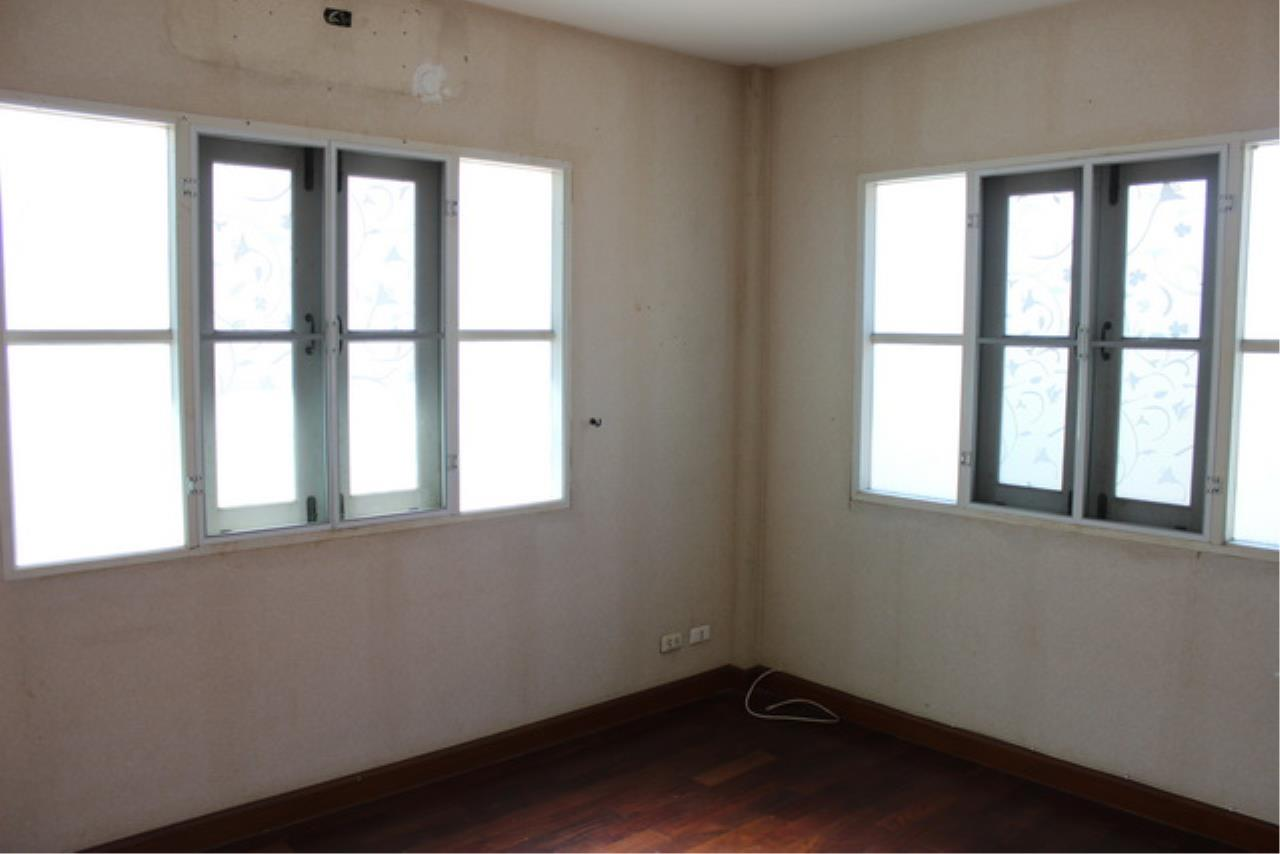 Forbest Properties Agency's 38969 - Single House  for sale on Wararom Phetkasem 81, 85 sq.w. 5