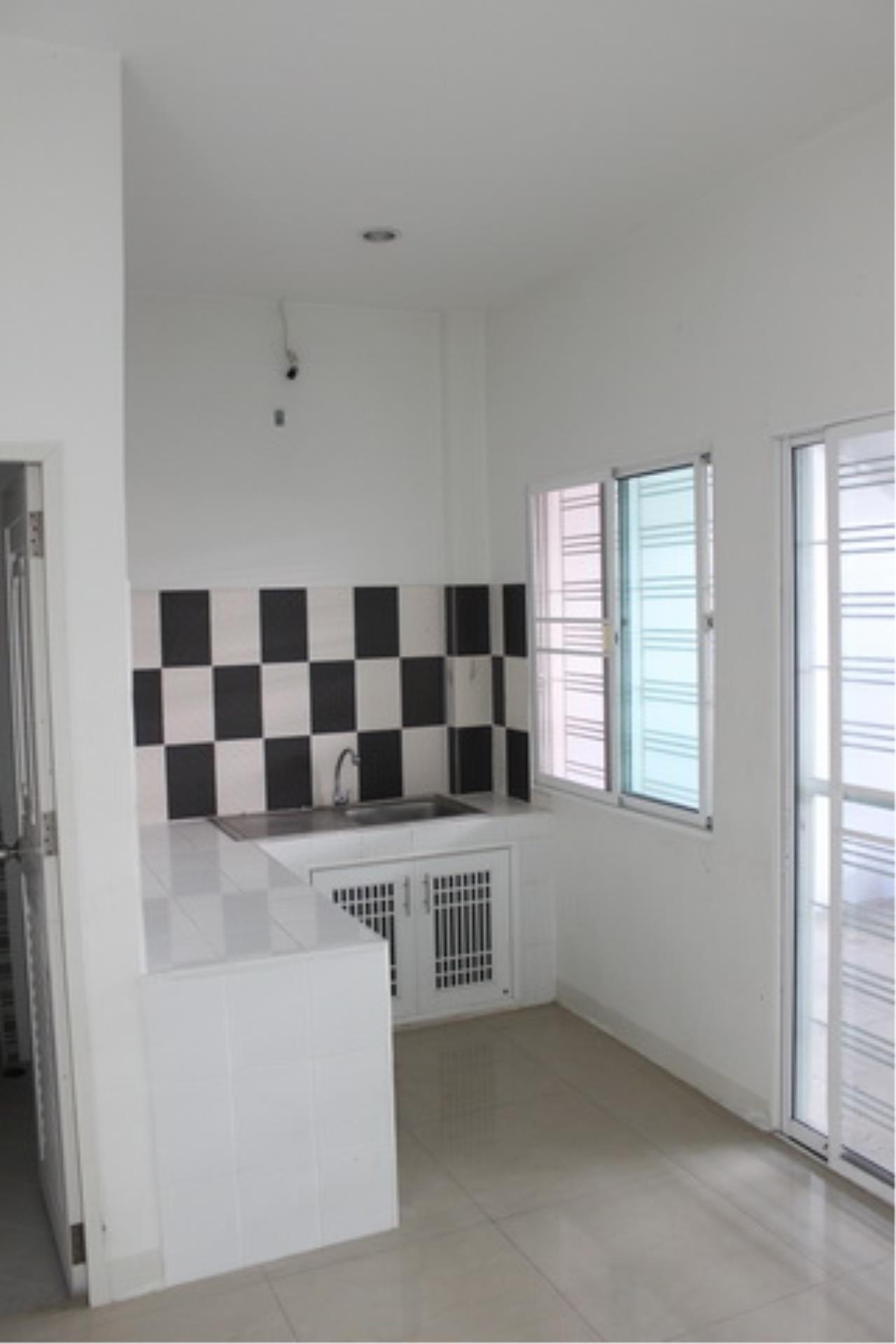 Forbest Properties Agency's 38974 - Townhome RK Park 3 stories Ramintra-Ramkhamhaeng Road, 22 sq.w 7