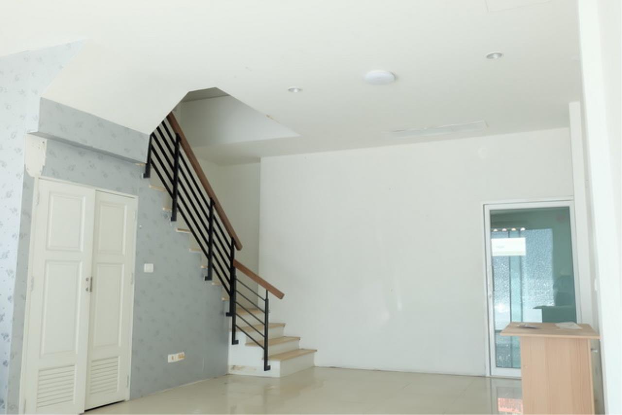 Forbest Properties Agency's 38974 - Townhome RK Park 3 stories Ramintra-Ramkhamhaeng Road, 22 sq.w 2