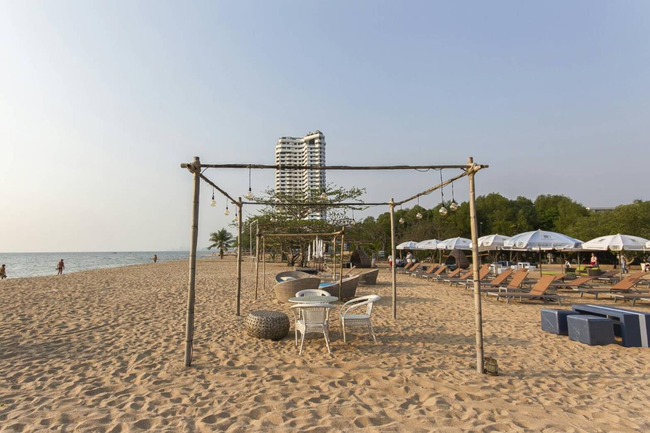 Agent - Pattaya Investment Agency's Grand Florida Beachfront for sale 1 bed unit  3