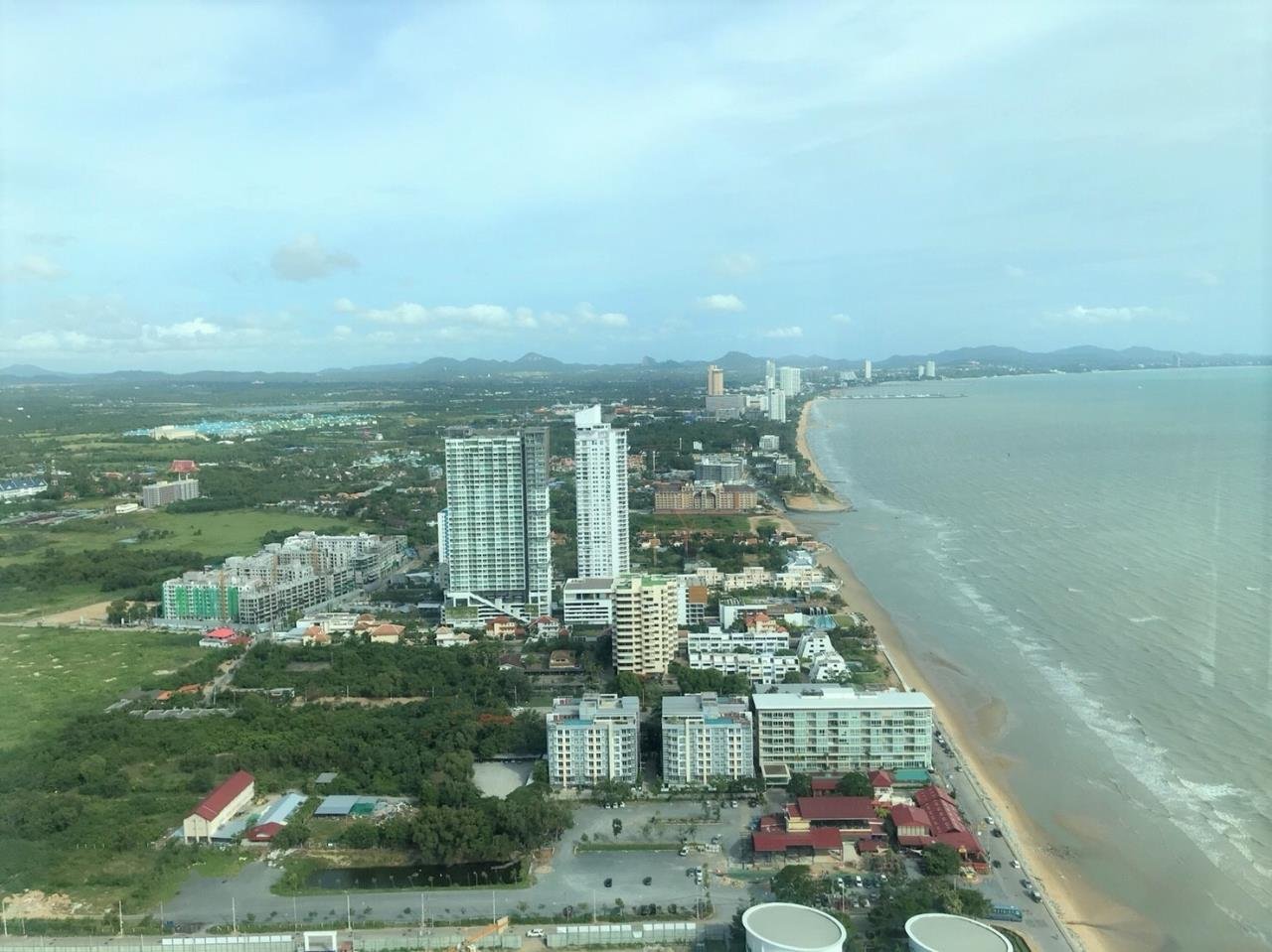 Agent - Pattaya Investment Agency's Reflection Jomtien good deal 3 bedroom hight floor 5