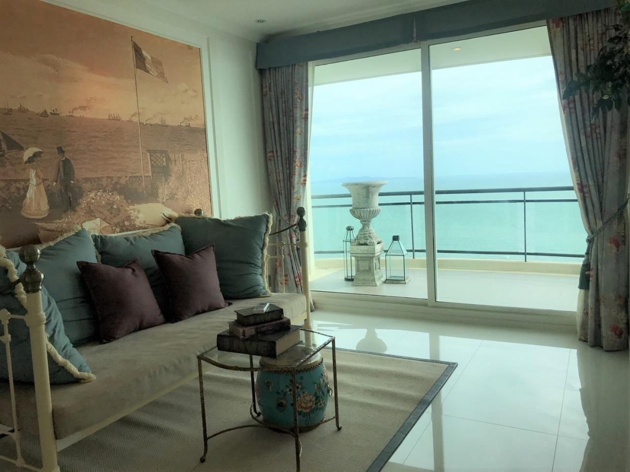 Agent - Pattaya Investment Agency's Reflection Jomtien good deal 3 bedroom 48 floor 5