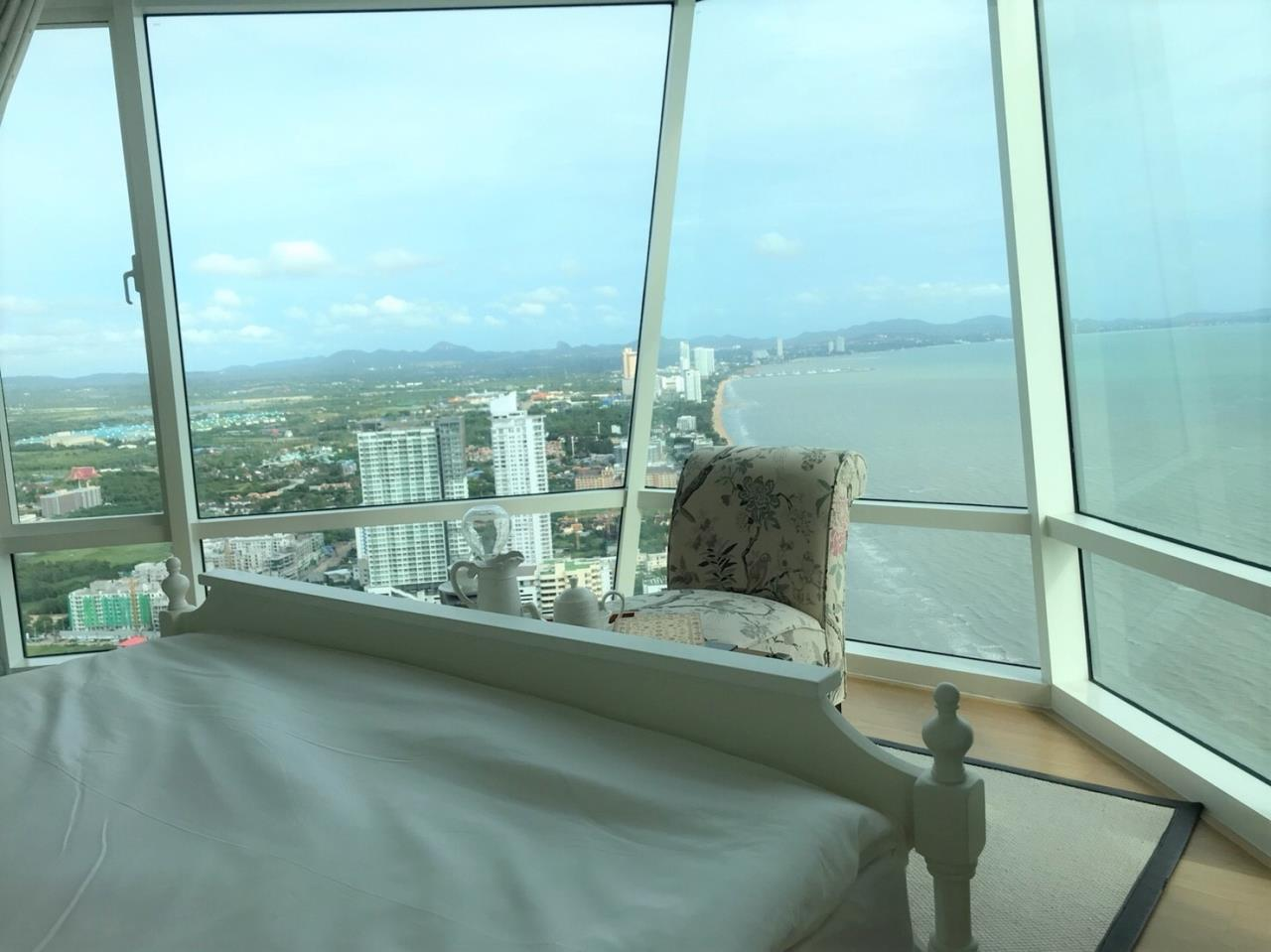 Agent - Pattaya Investment Agency's Reflection Jomtien good deal 3 bedroom 48 floor 2