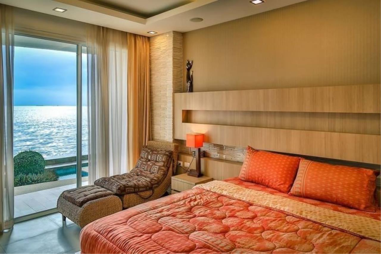Agent - Pattaya Investment Agency's Paradise Ocean view Pattaya Move in today 9