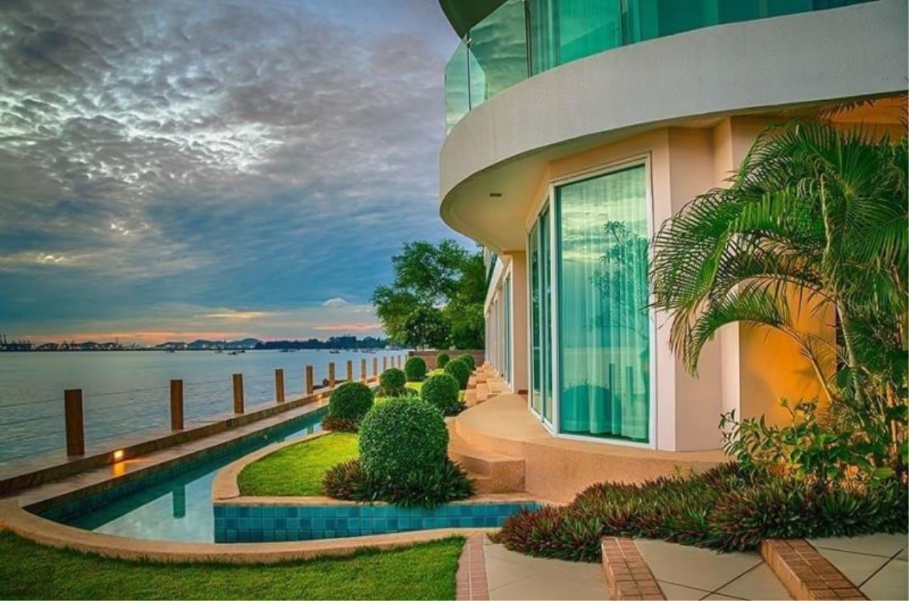 Agent - Pattaya Investment Agency's Paradise Ocean view Penthouse unit 2