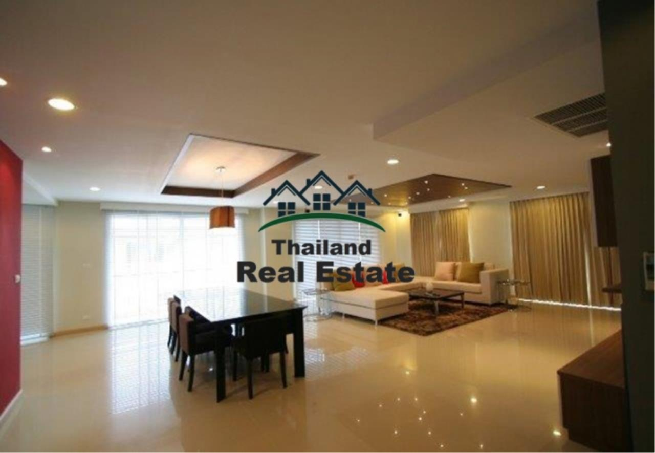 Thailand Real Estate Agency's 4 Bedroom Condo at The Rise Sukhumvit 39 near BTS Phrom Phong  (12627) 1