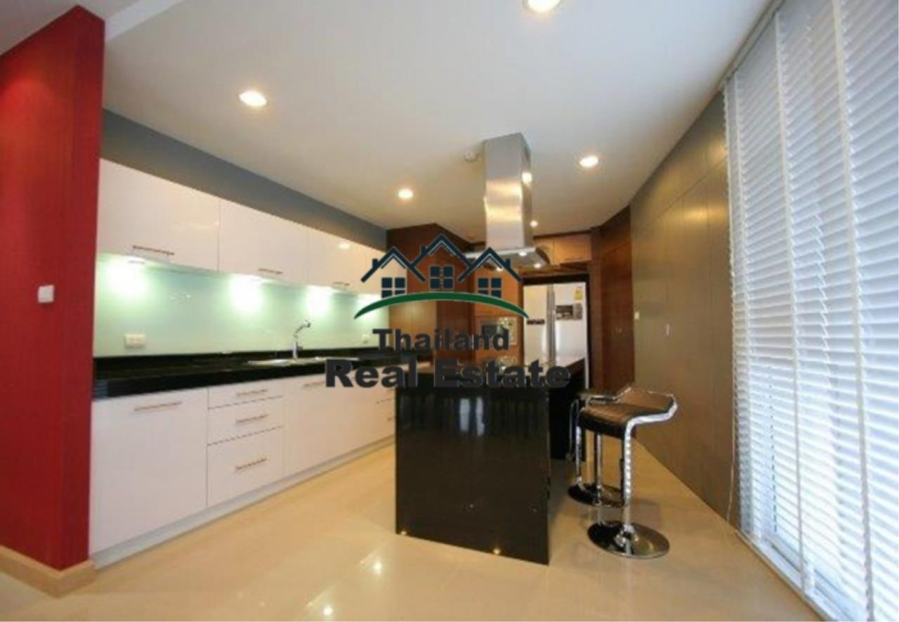 Thailand Real Estate Agency's 4 Bedroom Condo at The Rise Sukhumvit 39 near BTS Phrom Phong  (12627) 4