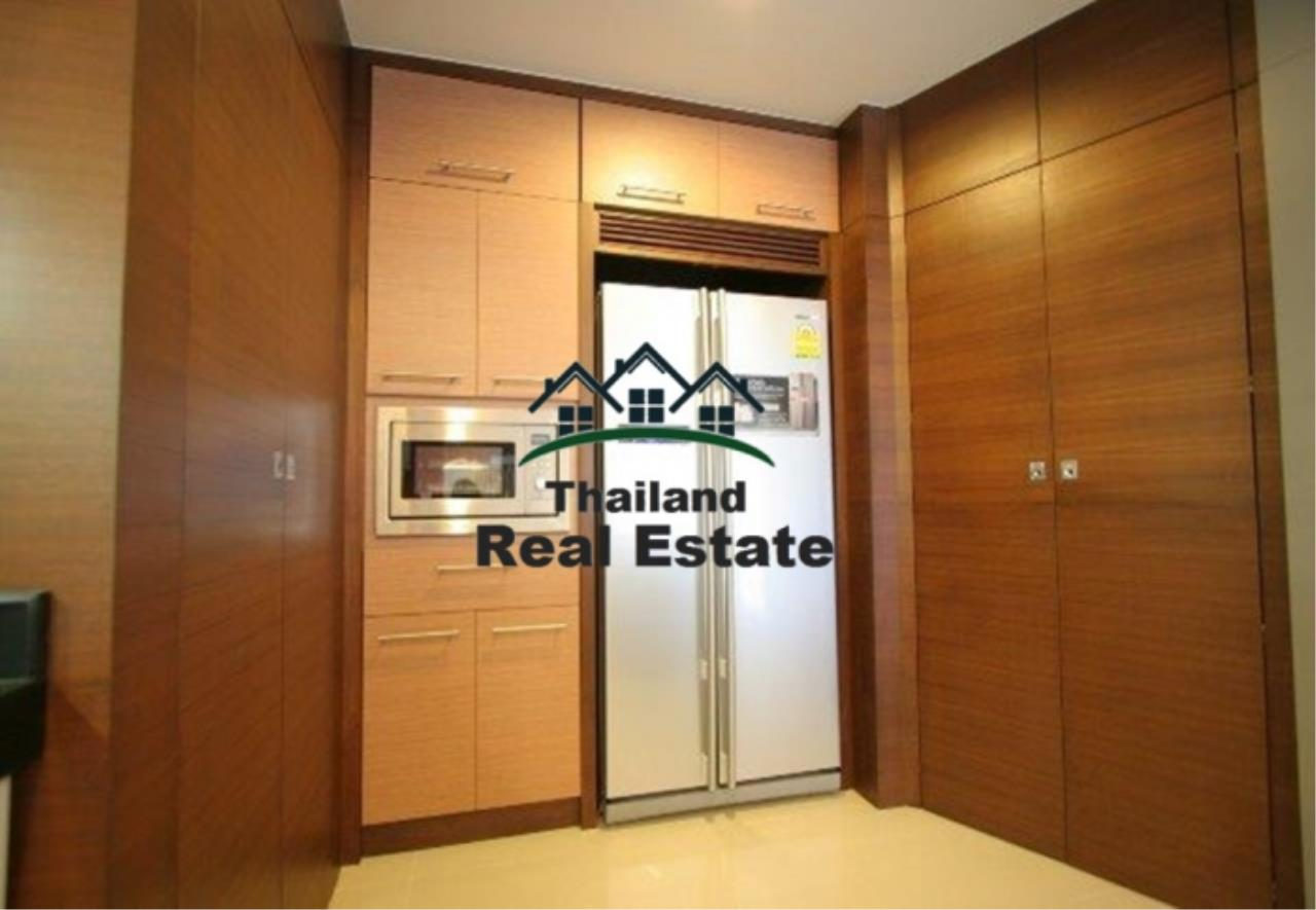 Thailand Real Estate Agency's 4 Bedroom Condo at The Rise Sukhumvit 39 near BTS Phrom Phong  (12627) 5