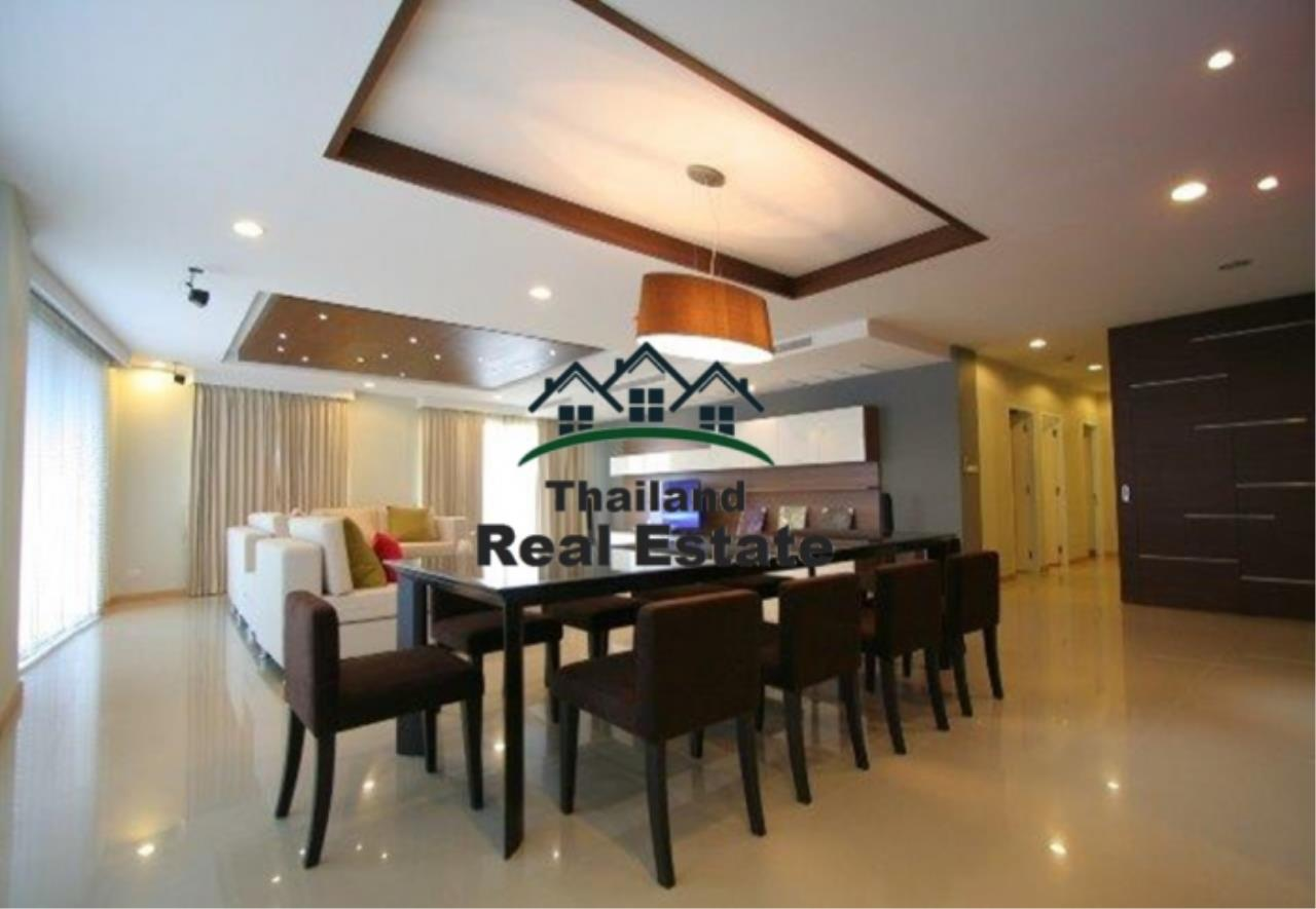 Thailand Real Estate Agency's 4 Bedroom Condo at The Rise Sukhumvit 39 near BTS Phrom Phong  (12627) 7