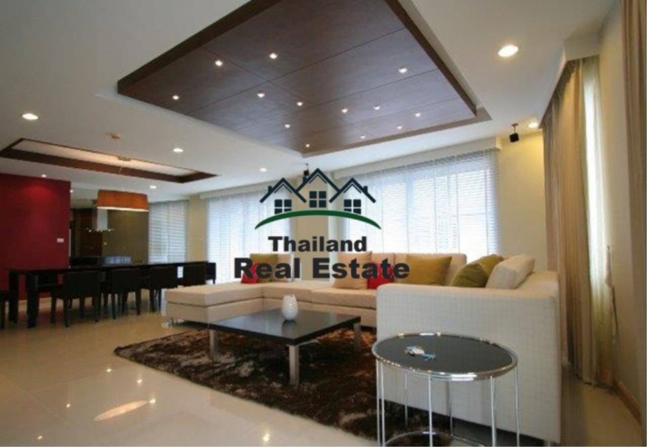 Thailand Real Estate Agency's 4 Bedroom Condo at The Rise Sukhumvit 39 near BTS Phrom Phong  (12627) 10