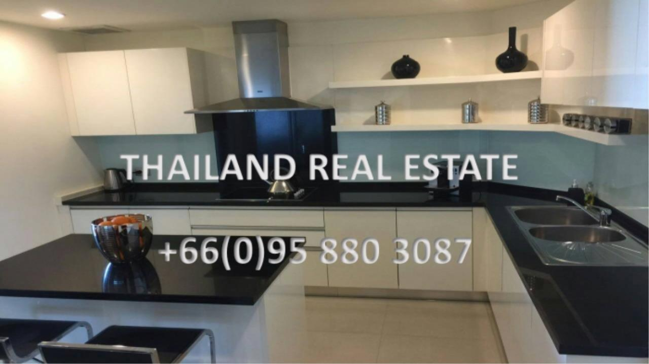 Thailand Real Estate Agency's 4 Bedroom Condo at Watermark Chaophraya near BTS Saphan Taksin (12629) 11