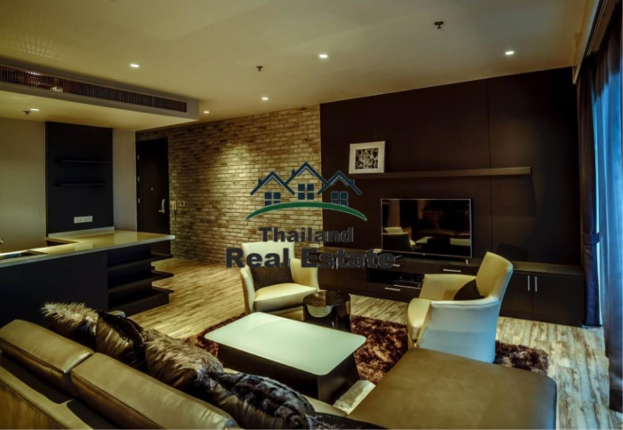 Thailand Real Estate Agency's 3 Bedroom Condo at Emporio Place near BTS Phrom Phong (12630) 3