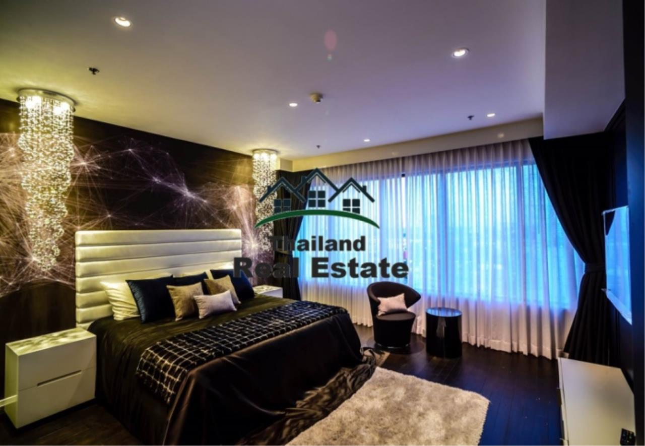 Thailand Real Estate Agency's 3 Bedroom Condo at Emporio Place near BTS Phrom Phong (12630) 10