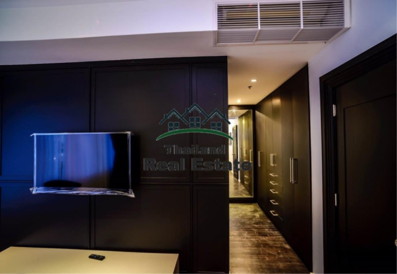 Thailand Real Estate Agency's 3 Bedroom Condo at Emporio Place near BTS Phrom Phong (12630) 11
