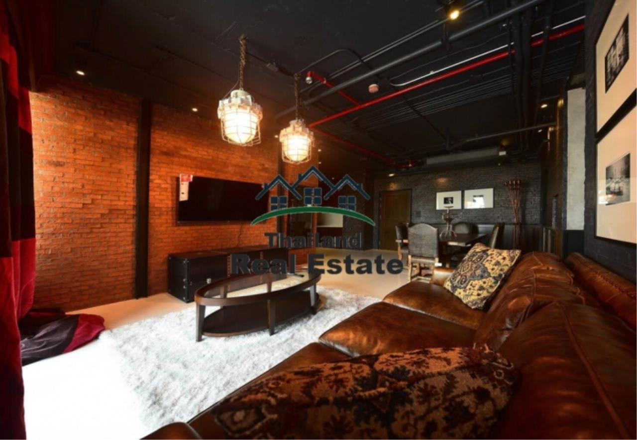 Thailand Real Estate Agency's 3 Bedroom Condo at Aguston Sukhumvit 22 near BTS Phrom Phong(12644) 1