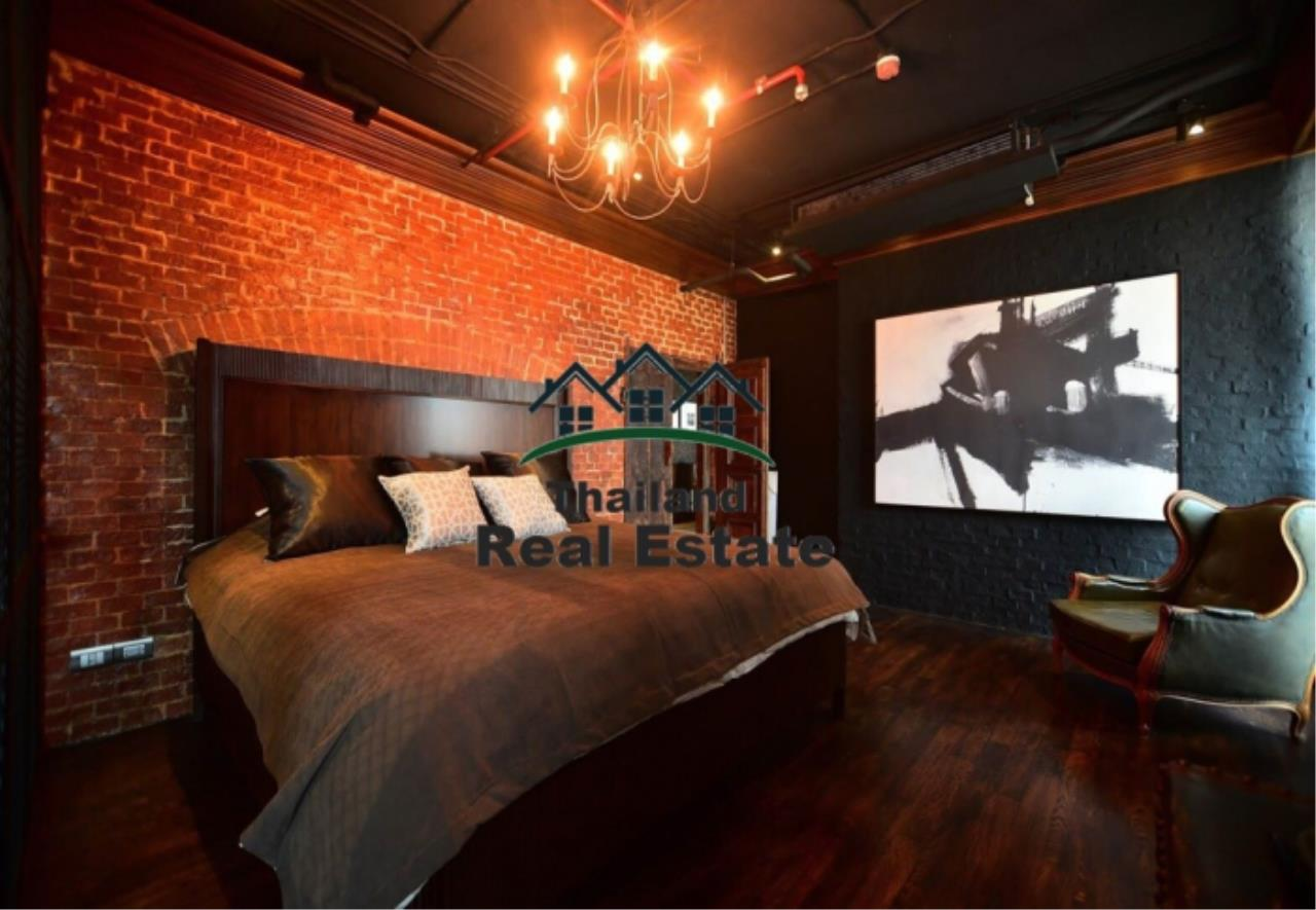 Thailand Real Estate Agency's 3 Bedroom Condo at Aguston Sukhumvit 22 near BTS Phrom Phong(12644) 9