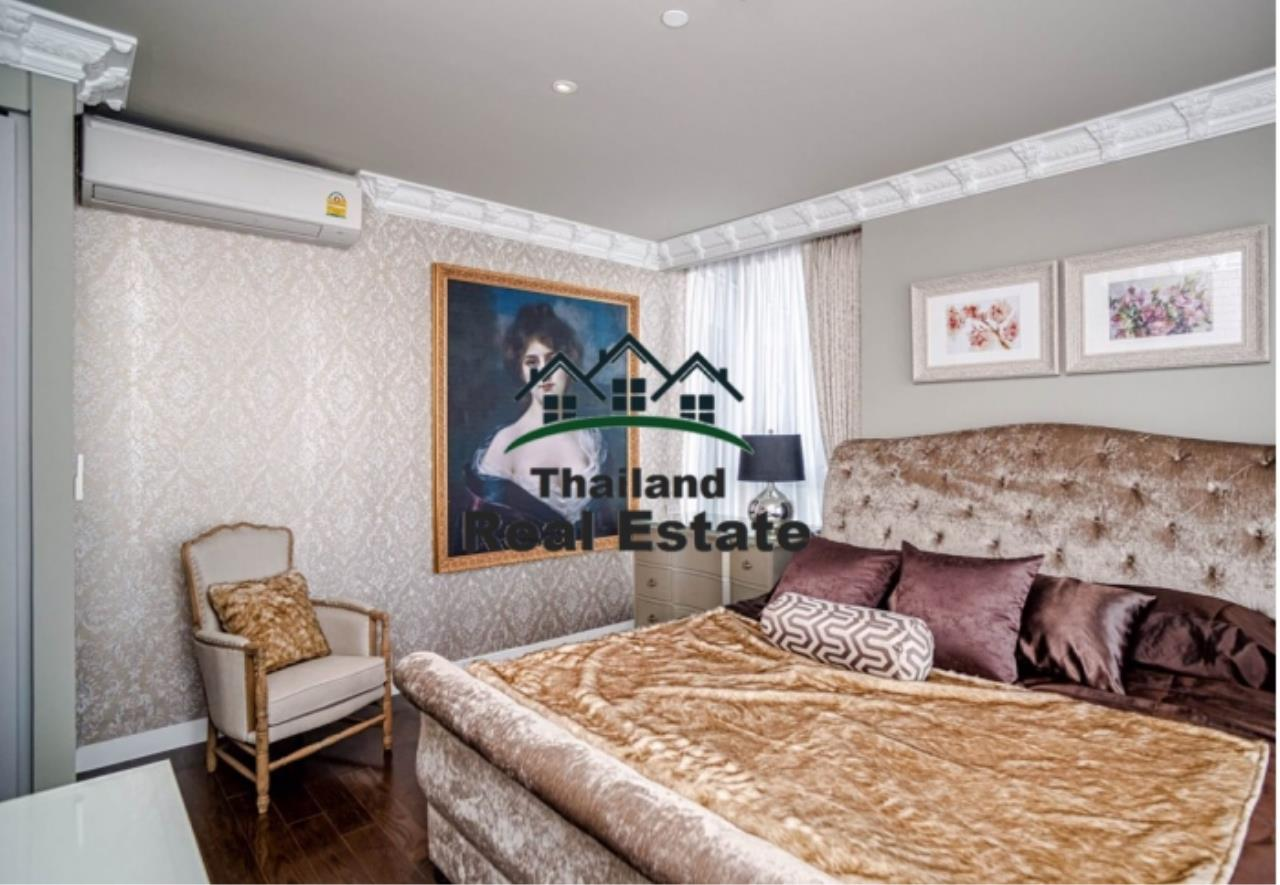 Thailand Real Estate Agency's 3 Bedroom Condo at Lumpini 24 near Phrom Phong BTS(Reference 12646) 3