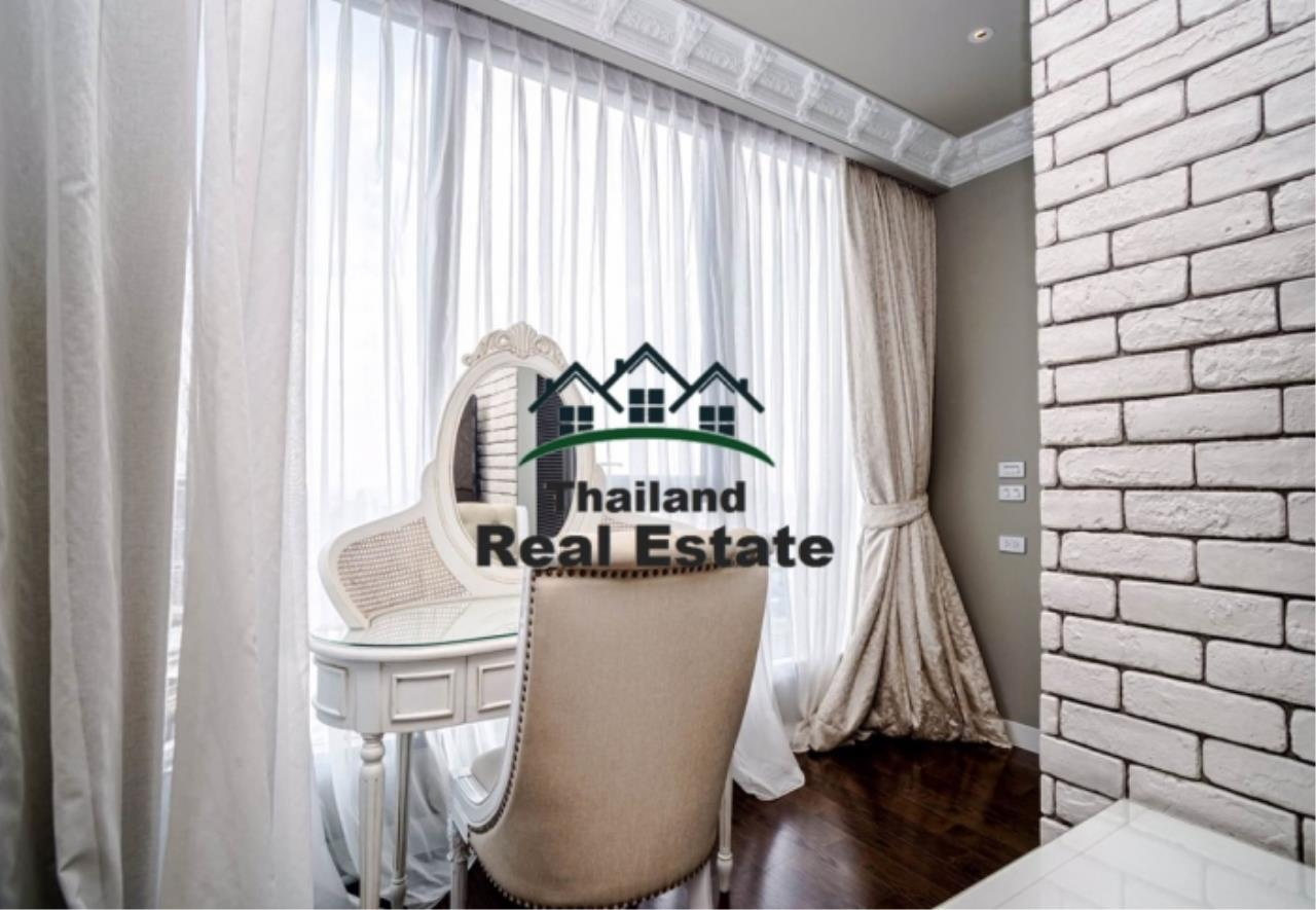 Thailand Real Estate Agency's 3 Bedroom Condo at Lumpini 24 near Phrom Phong BTS(Reference 12646) 5