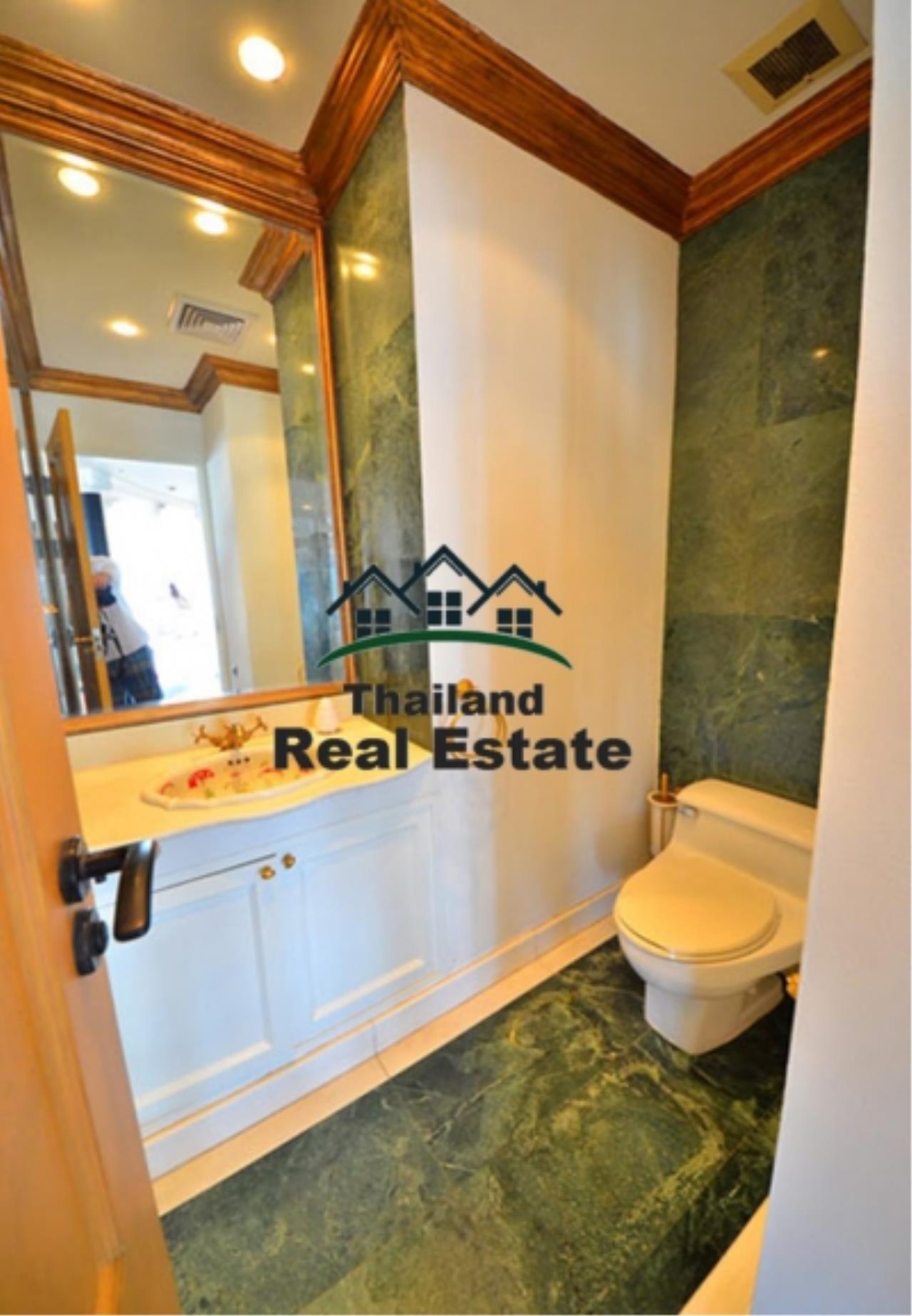 Thailand Real Estate Agency's 5 Bedroom Penthouse at Saichol near BTS Saphan Taksin(12693) 9