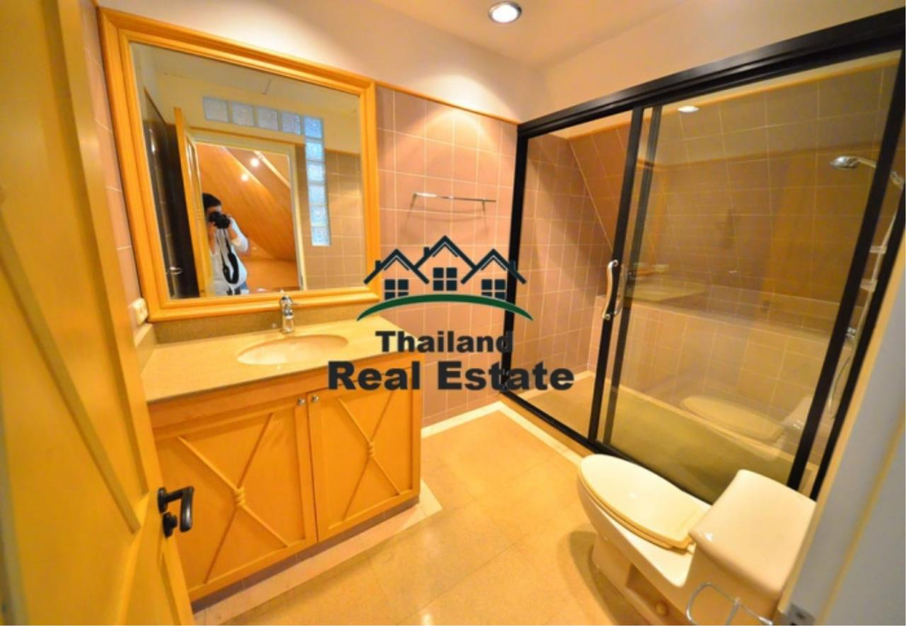 Thailand Real Estate Agency's 5 Bedroom Penthouse at Saichol near BTS Saphan Taksin(12693) 10