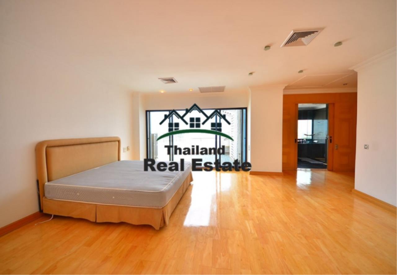 Thailand Real Estate Agency's 5 Bedroom Penthouse at Saichol near BTS Saphan Taksin(12693) 13