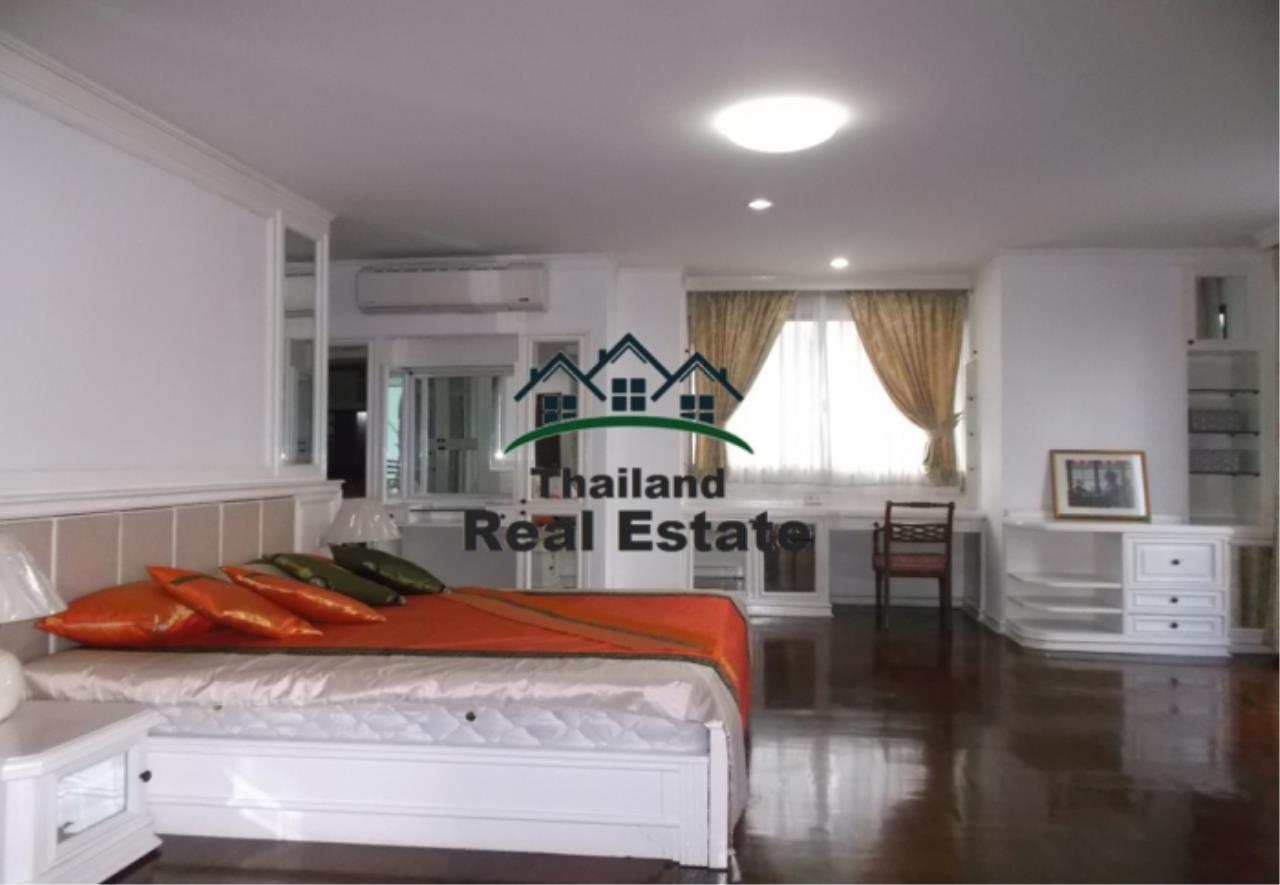 Thailand Real Estate Agency's 3 Bedroom Apartment at The Residence 26 near Phrom Phong BTS(12658) 5