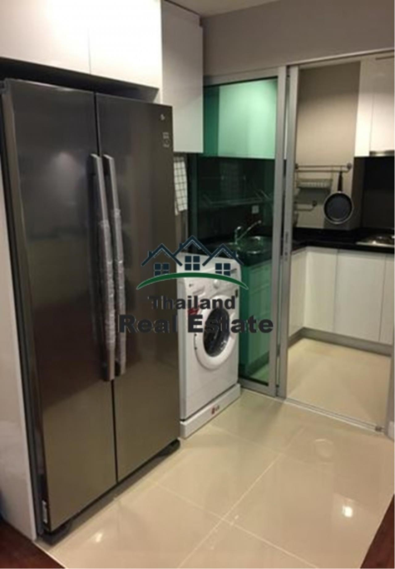 Thailand Real Estate Agency's 3 Bedroom Condo at Belle Grand near MRT Phra Rham 9(12667) 8