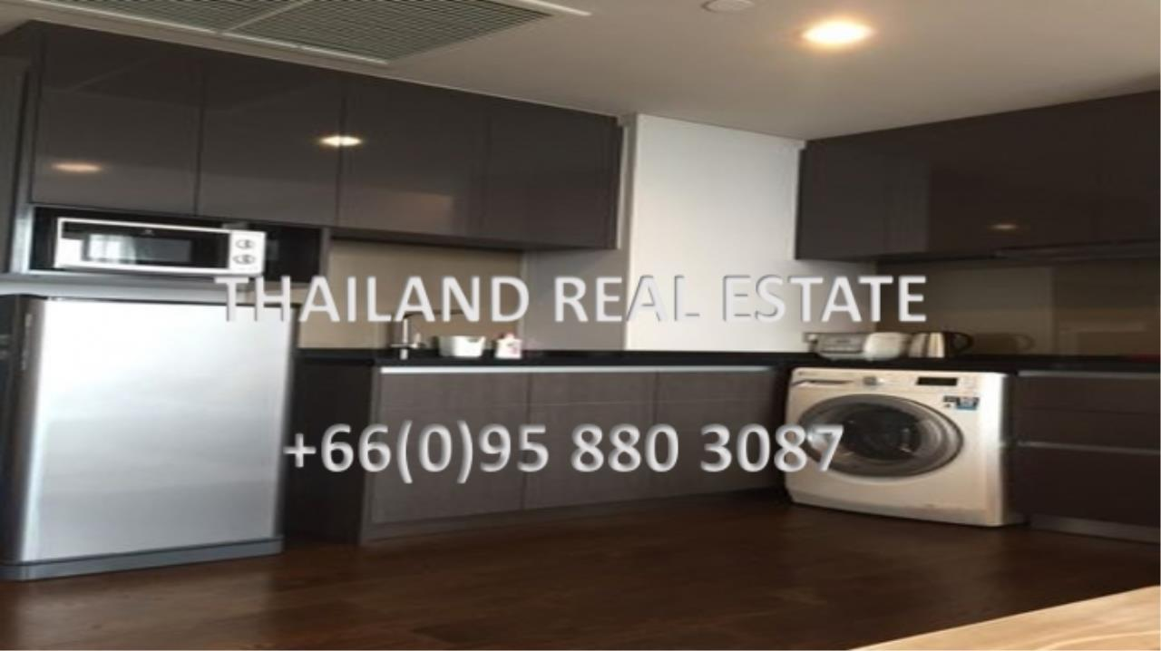 Thailand Real Estate Agency's 1 Bedroom Condo at Lumpini 24 near Phrom Phong BTS(12703) 1