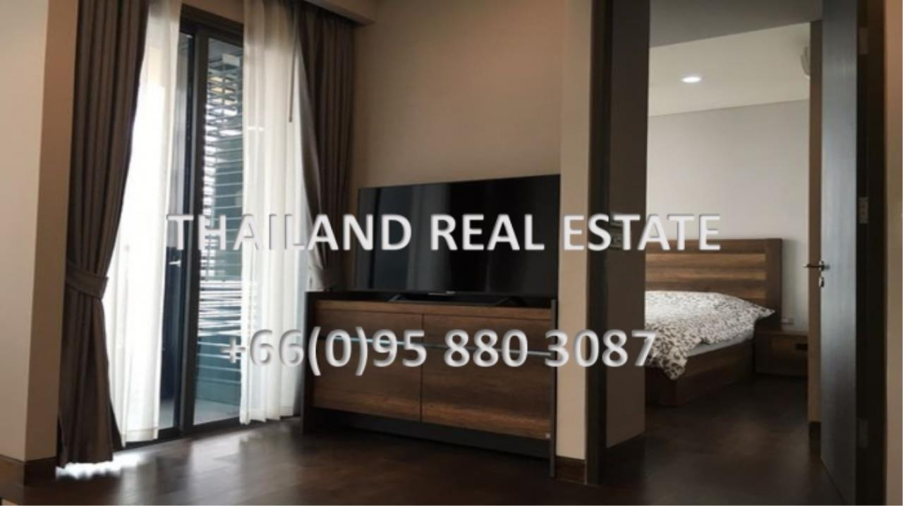 Thailand Real Estate Agency's 1 Bedroom Condo at Lumpini 24 near Phrom Phong BTS(12703) 4