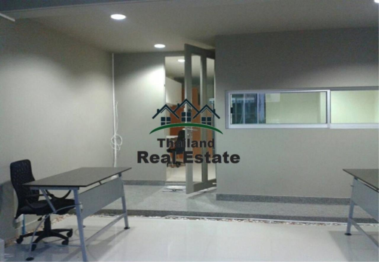 Thailand Real Estate Agency's 3 Bedroom Town house at Noble Cube(12716) 2