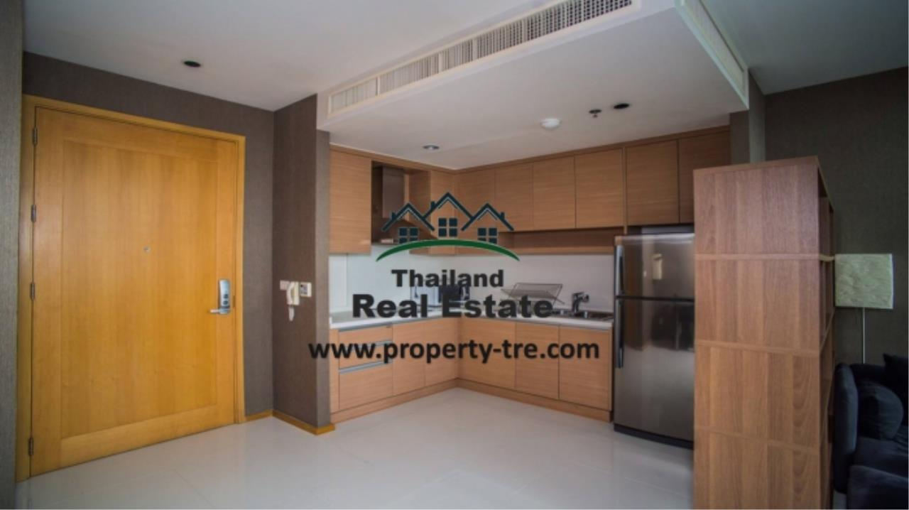 Thailand Real Estate Agency's 1 Bedroom Condo at Lumpini 24 near Phrom Phong BTS(12819) 1