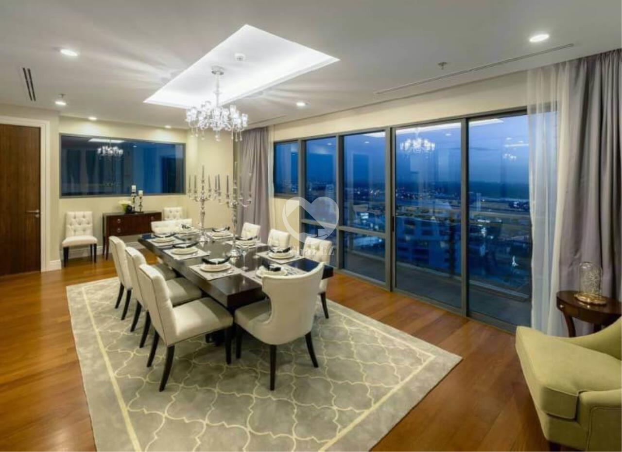 Thai EZ Agency's Luxury Penthouse Duplex for sale THB 120,000,000 Bright Sukhumvit 24 2