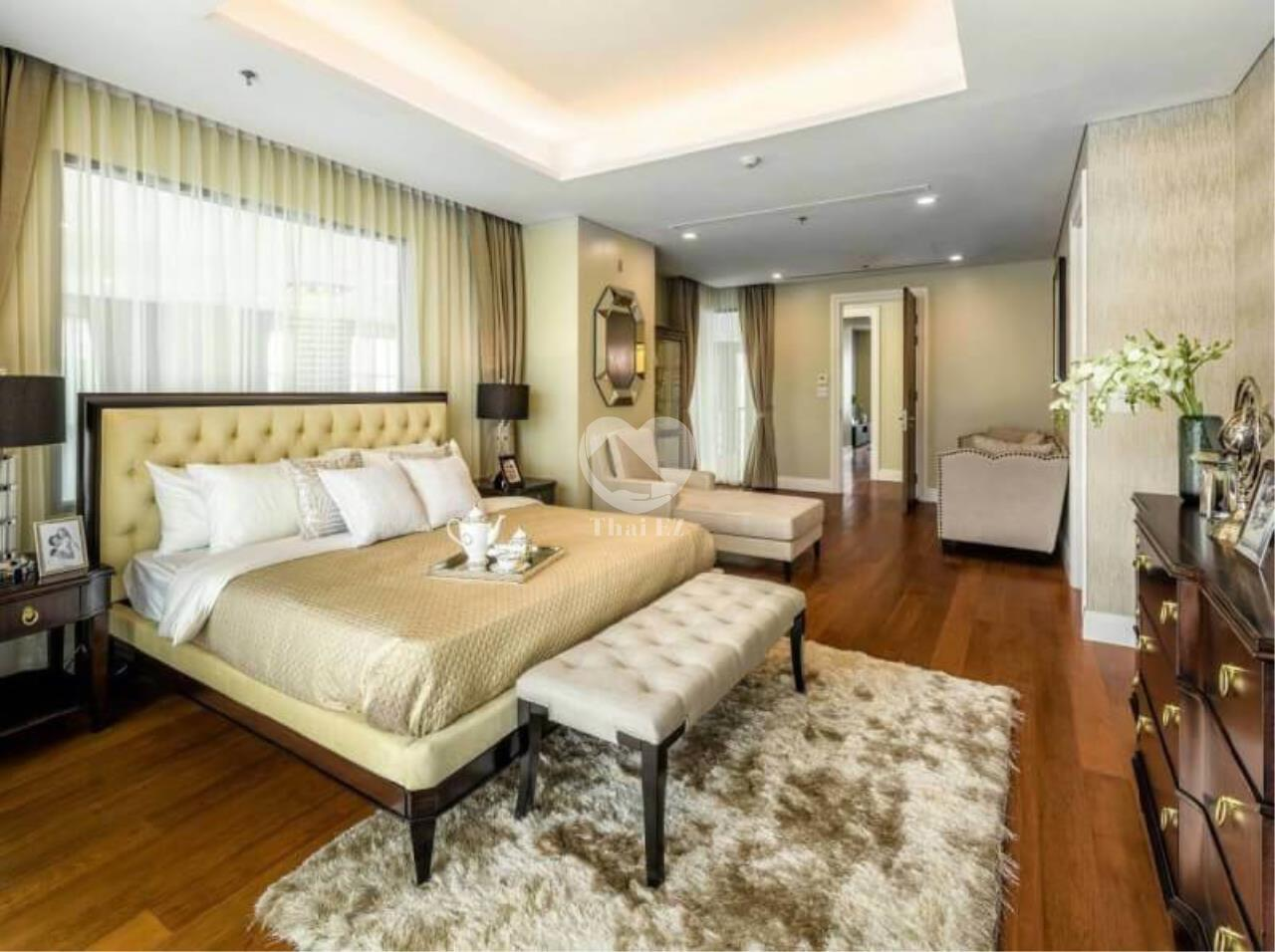 Thai EZ Agency's Luxury Penthouse Duplex for sale THB 120,000,000 Bright Sukhumvit 24 6