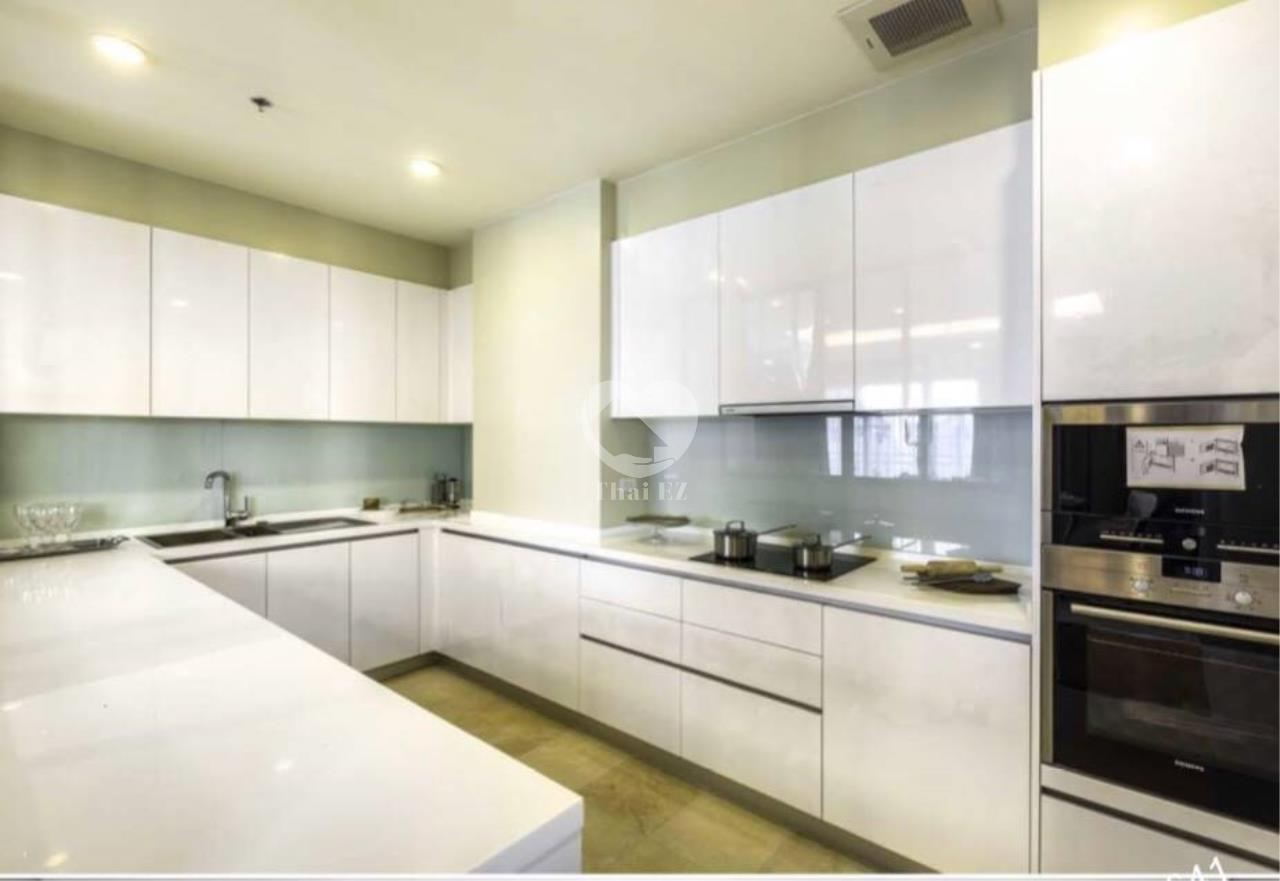 Thai EZ Agency's Luxury Penthouse Duplex for sale THB 120,000,000 Bright Sukhumvit 24 19