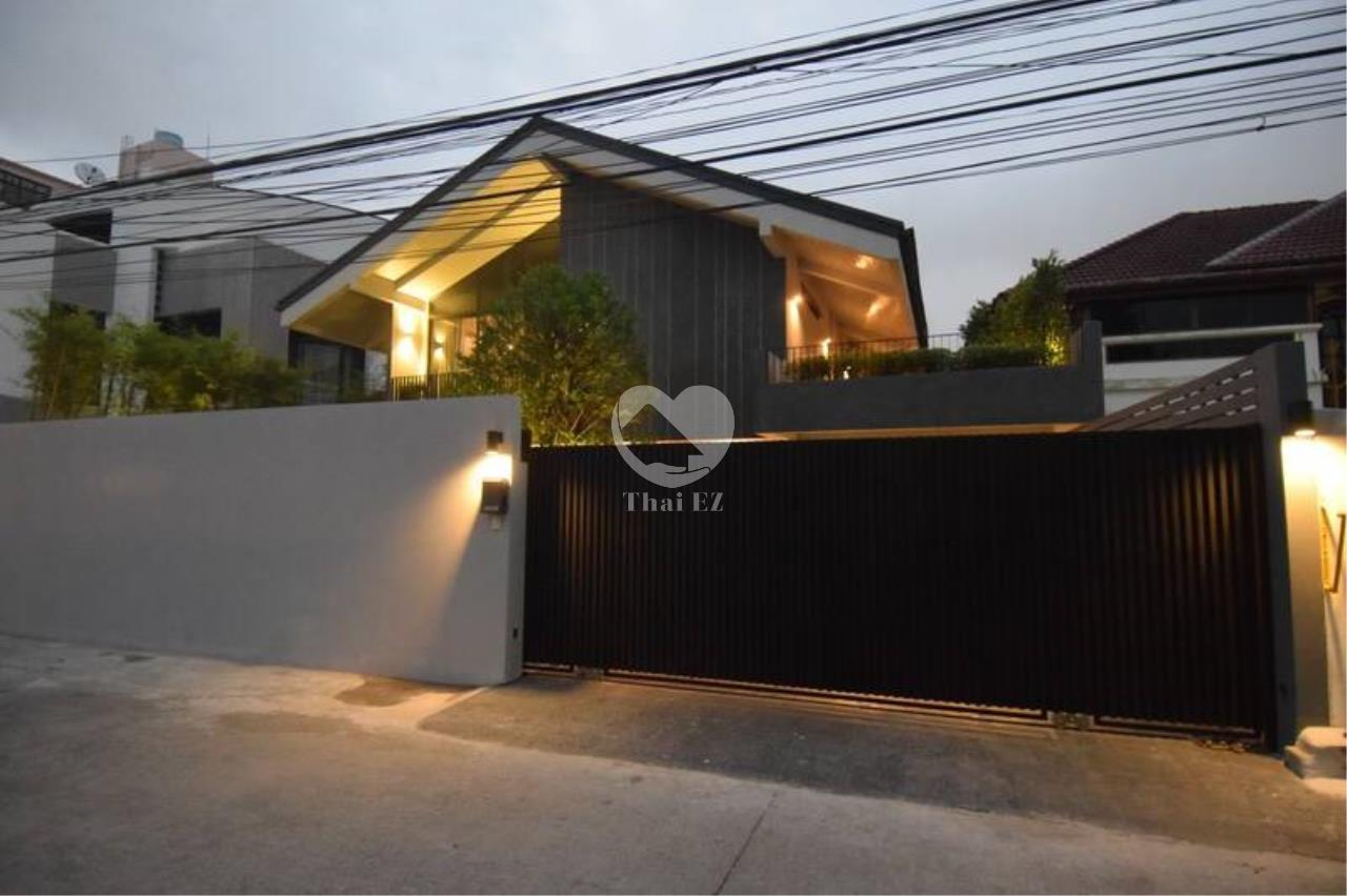 Thai EZ Agency's Stand Alone House for Sale 10
