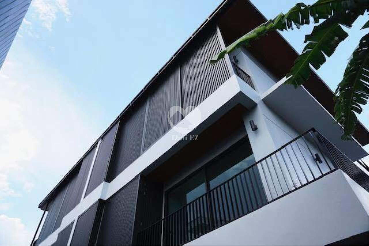 Thai EZ Agency's Brand New House for Sale - Thong Lor  5