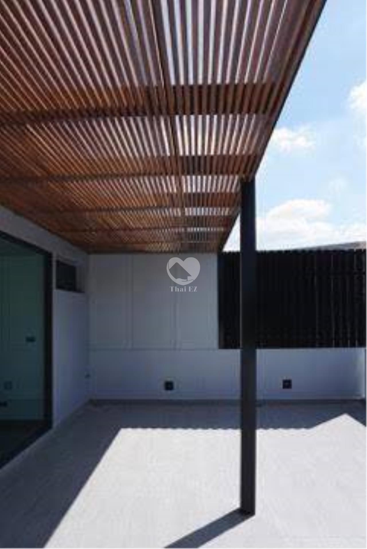 Thai EZ Agency's Brand New House for Sale - Thong Lor  11
