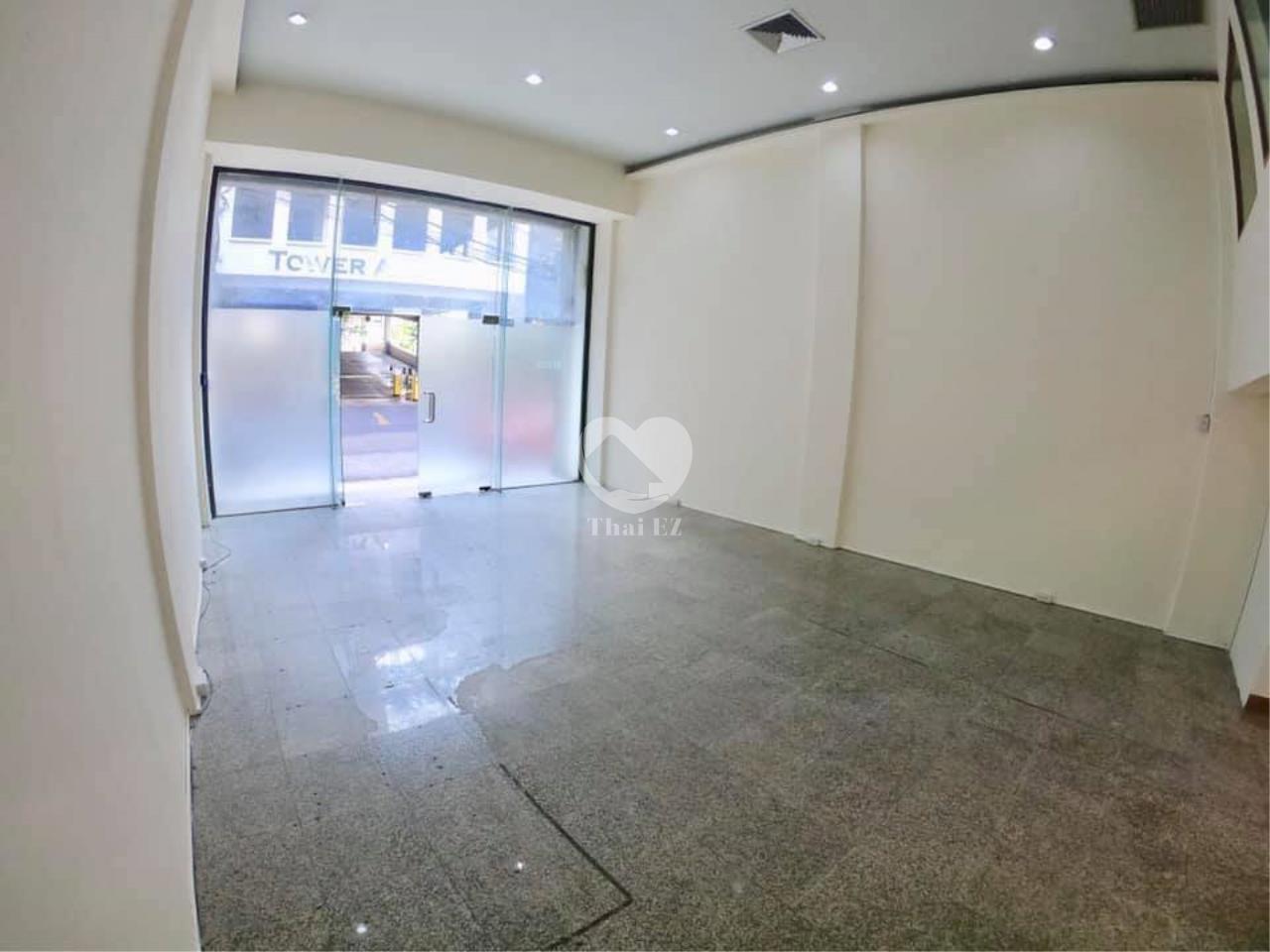 Thai EZ Agency's For Rent Building space for Commercial Sukhumvit soi 39, BTS Phrompong 11