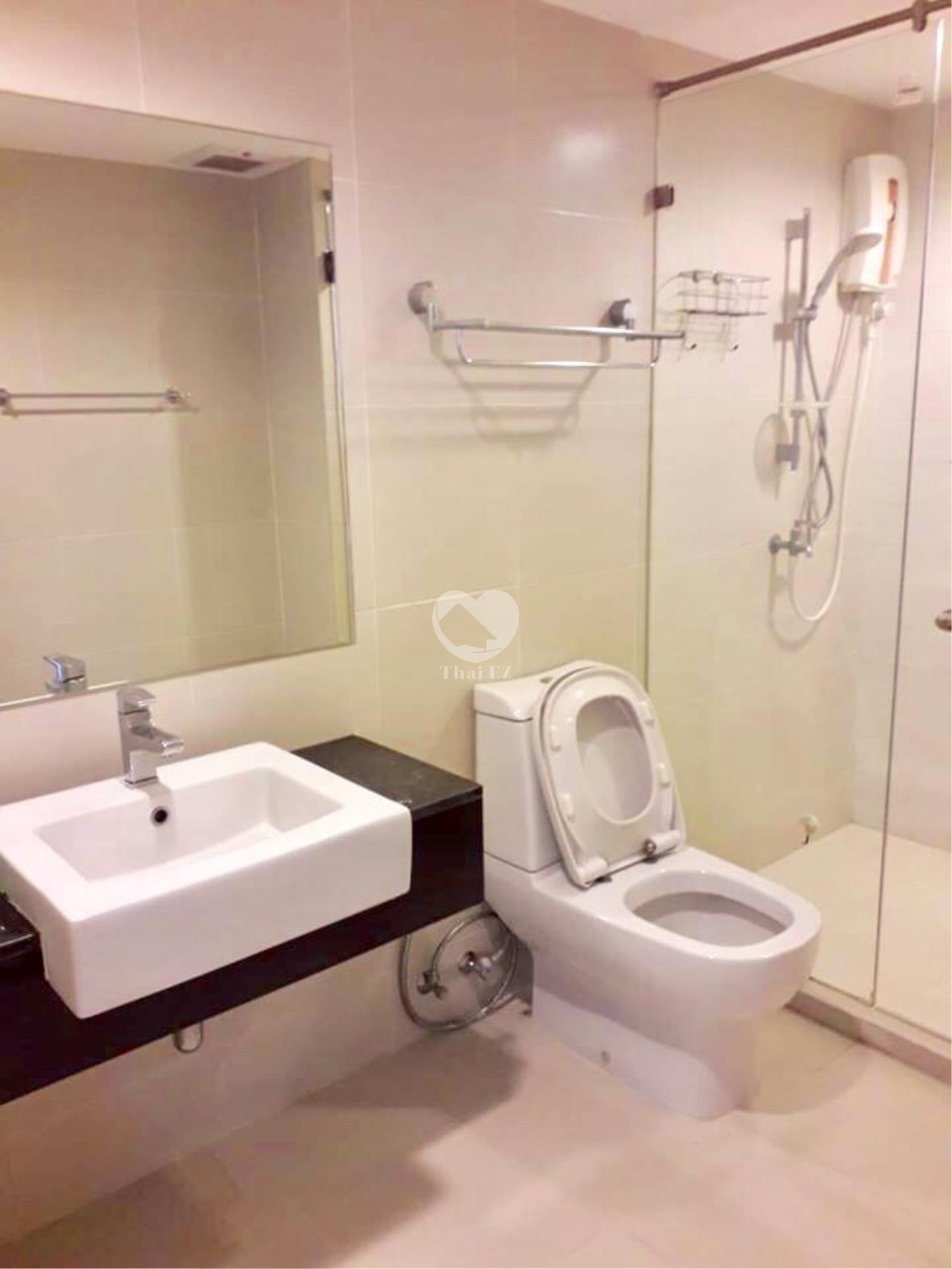 Thai EZ Agency's Room for Rent @ Belle Grand Rama 9 near MRT Rama 9 5