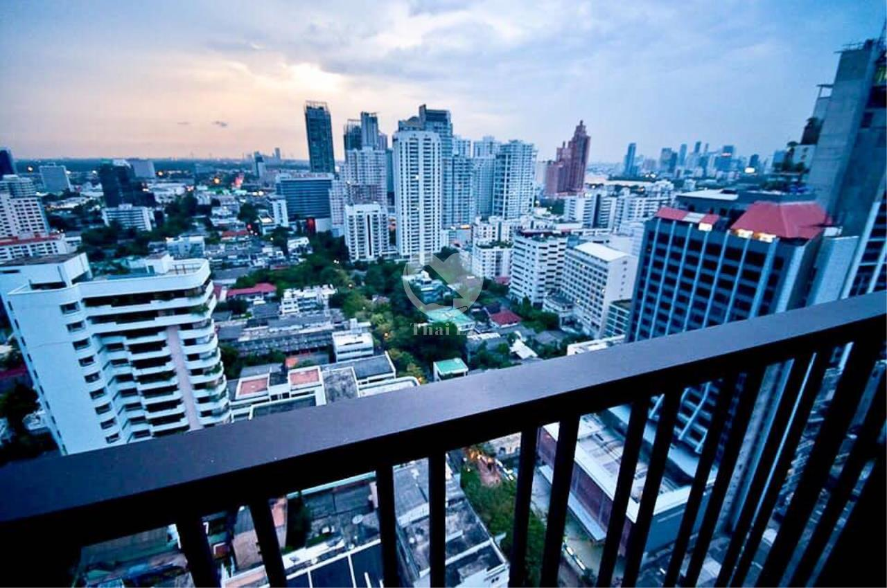 Thai EZ Agency's For Rent - Noble Refine Top Fl., 25th Corner unit Stunning view 5