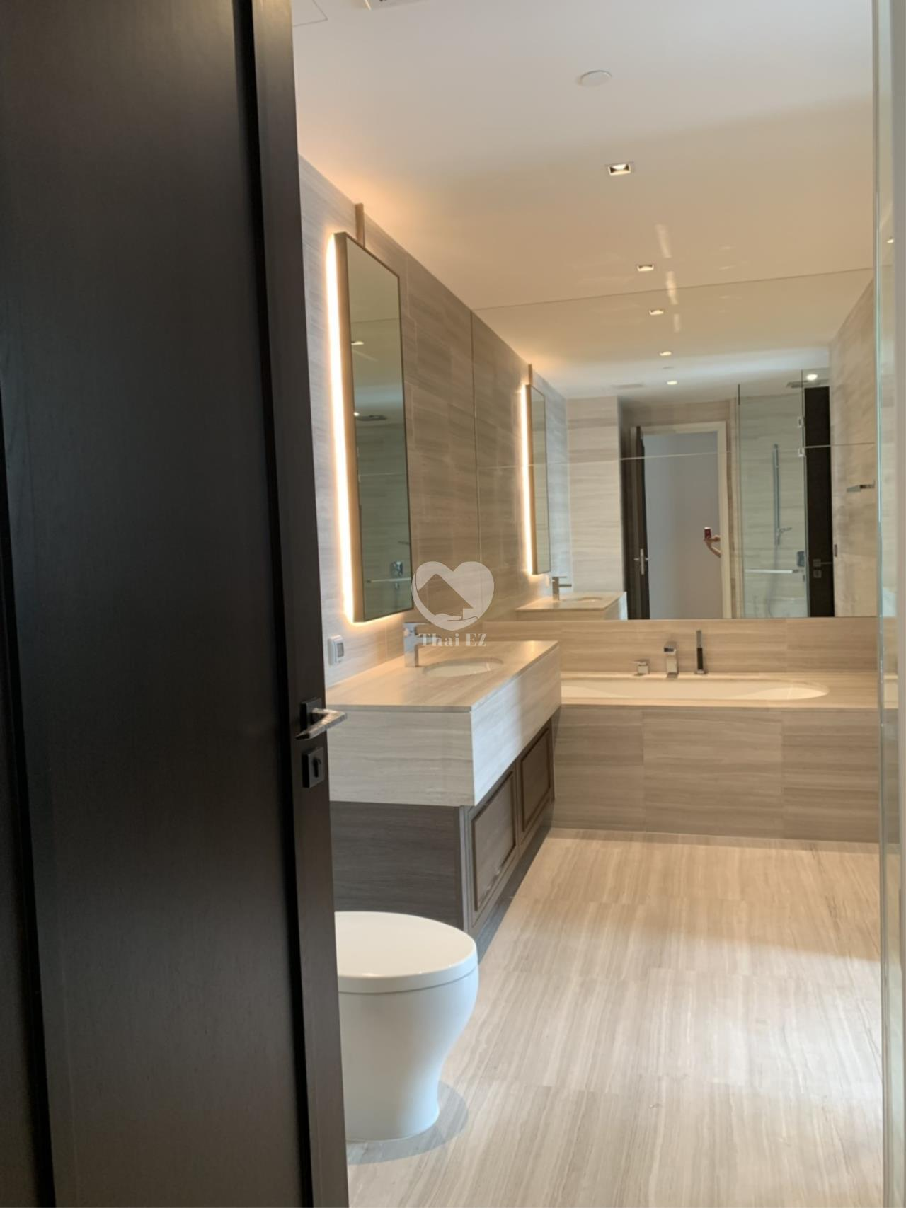 Thai EZ Agency's Sell 1 BED - Diplomat 39 Furnished 7