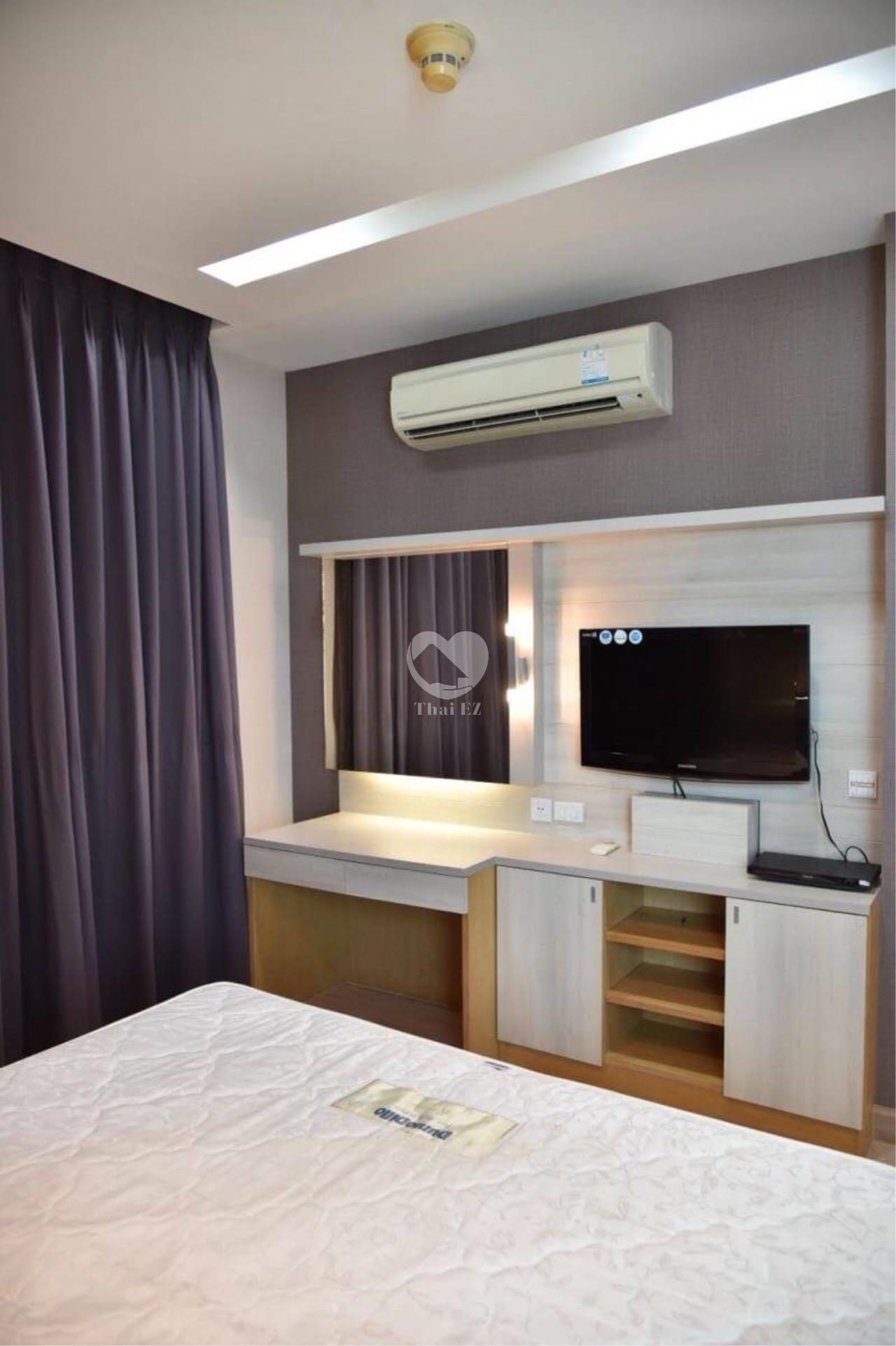 Thai EZ Agency's Siri at Sukhumvit - 2 bed very low price 47K/month 7