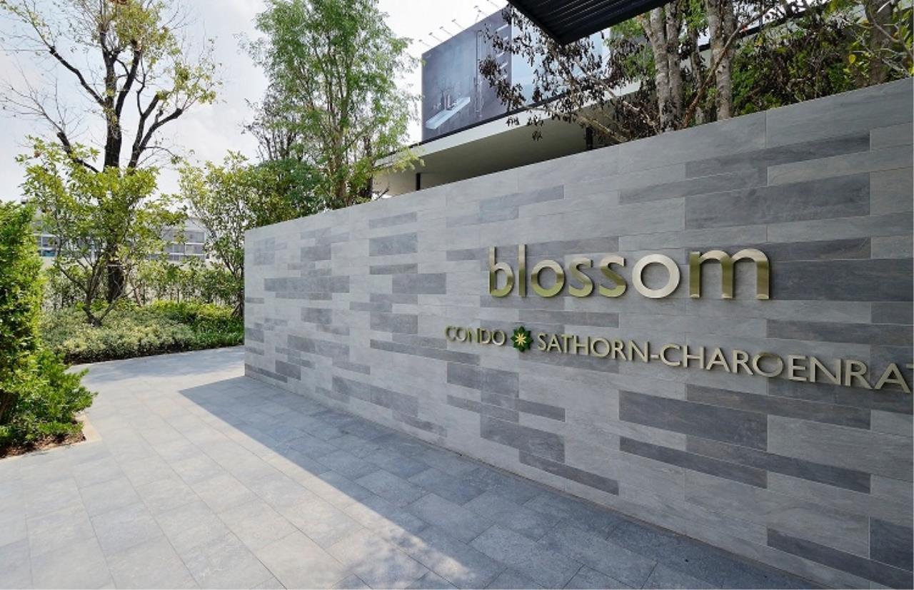 Century21 Skylux Agency's Blossom Condo @ Sathorn-Charoenrat / Condo For Sale / 1 Bedroom / 46.91 SQM / BTS Surasak / Bangkok 14